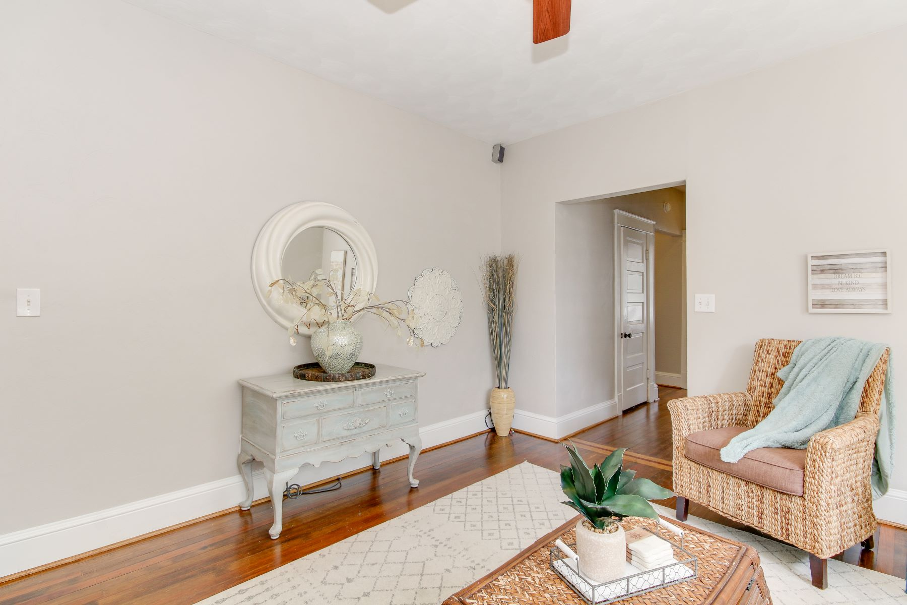 Condominiums for Active at Colonial Place 4301 Colonial Ave Norfolk, Virginia 23508 United States