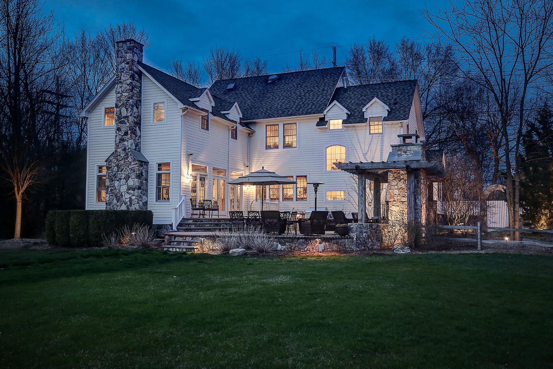 Частный односемейный дом для того Продажа на Custom Farmhouse 16 Troy Road Whippany, Нью-Джерси 07981 Соединенные Штаты