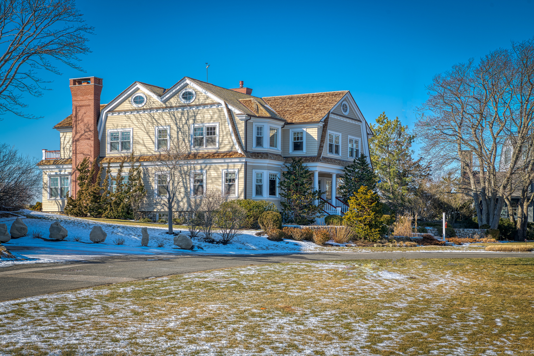 Single Family Homes for Active at Expansive Ocean Views 1 Sargent Road Marblehead, Massachusetts 01945 United States