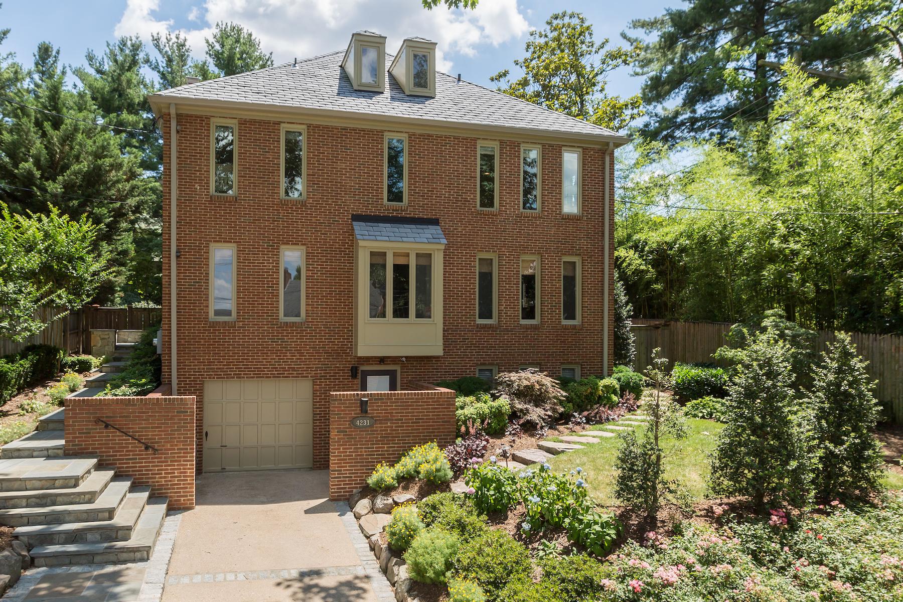 단독 가정 주택 용 매매 에 4231 42nd Street NW Washington, 컬럼비아주, 20016 미국