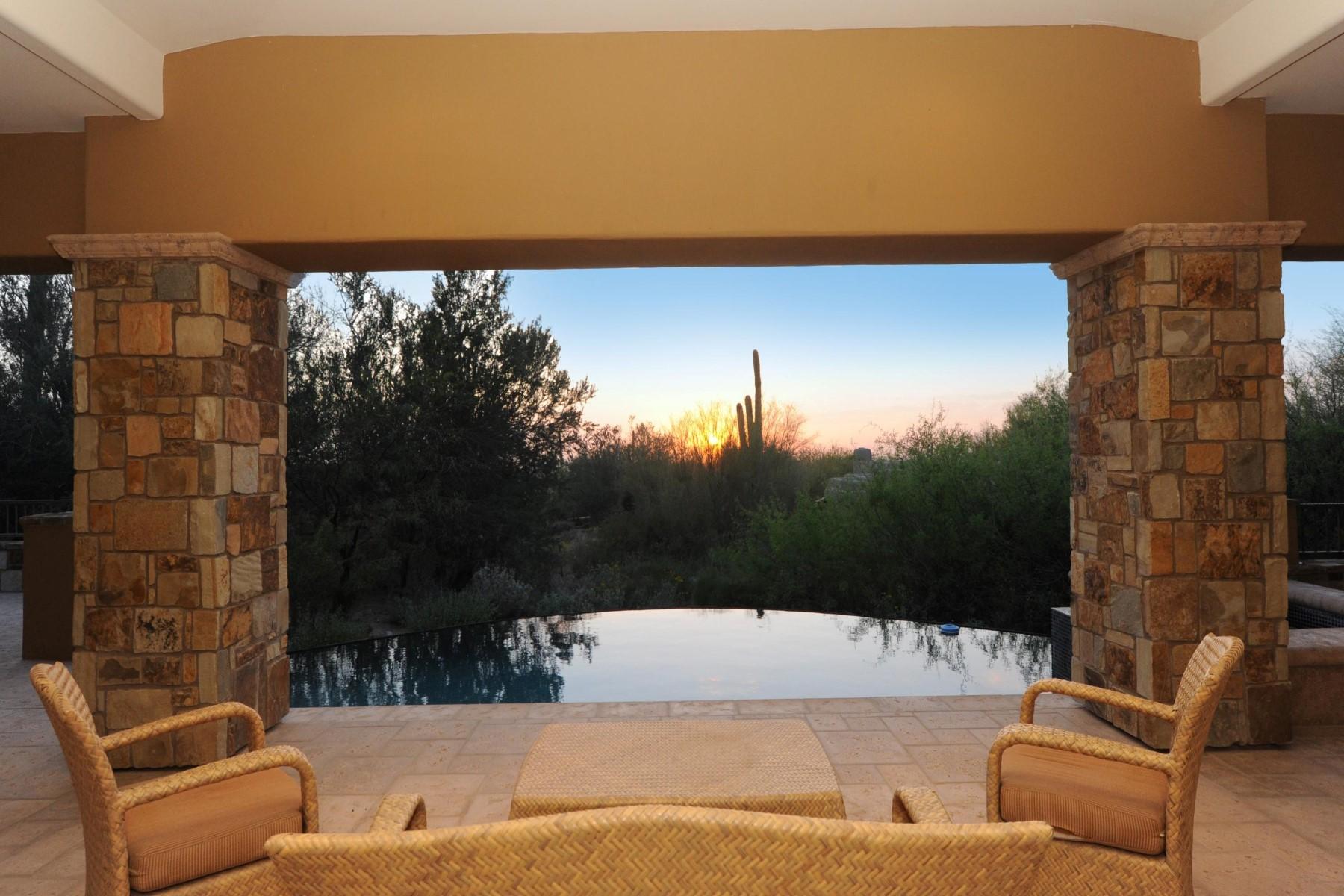 Maison unifamiliale pour l Vente à Custom Estancia Golf Course Residence 27148 N 97th Place, Scottsdale, Arizona, 85262 États-Unis