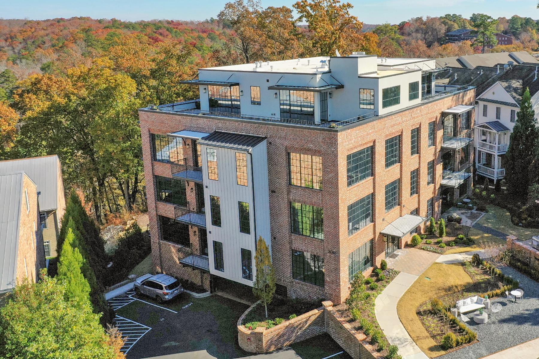 Condominiums voor Verkoop op Historic Vickery Falls 242 Vickery Falls Drive, Roswell, Georgië 30075 Verenigde Staten