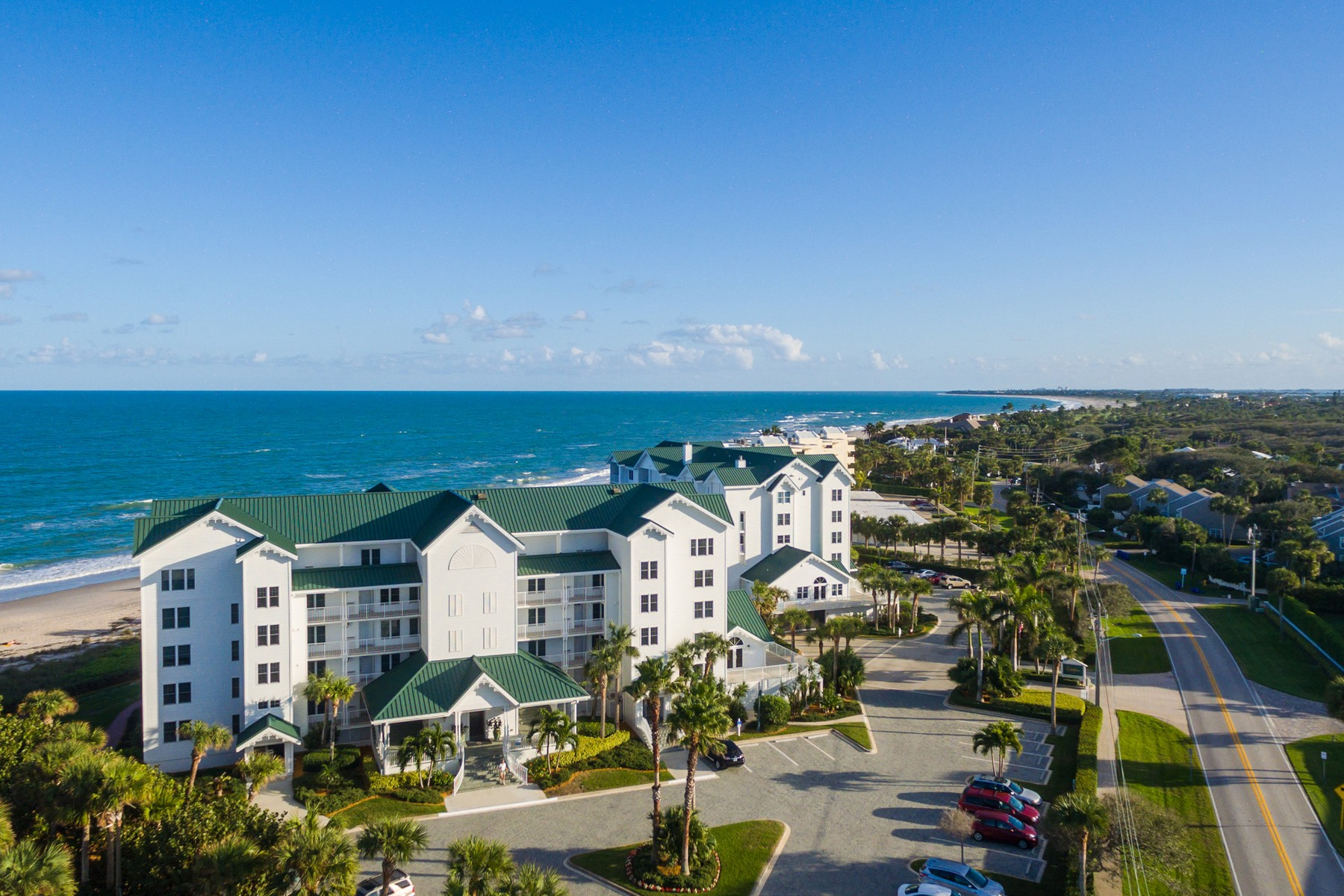 Additional photo for property listing at Gables of Vero Beach 2700 Ocean Drive #106 Vero Beach, Florida 32963 United States