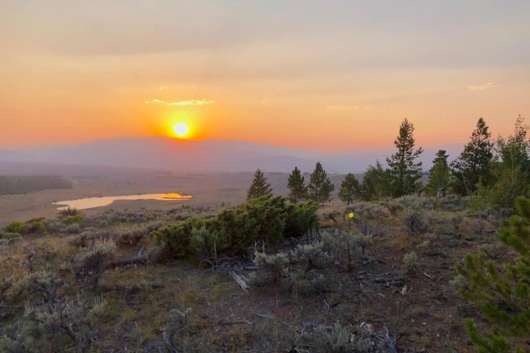 Land for Active at Easy Build Lot with Beautiful Views 16 GCR 6234 Granby, Colorado 80446 United States