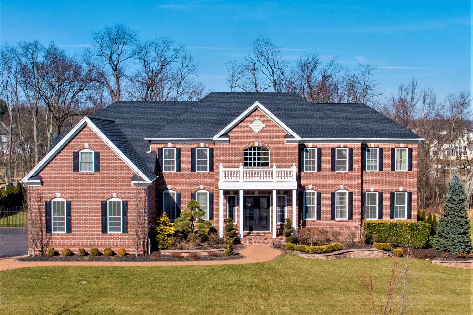 Single Family Homes por un Venta en Estate Colonial 15 Windermere Rd Lincroft, Nueva Jersey 07738 Estados Unidos