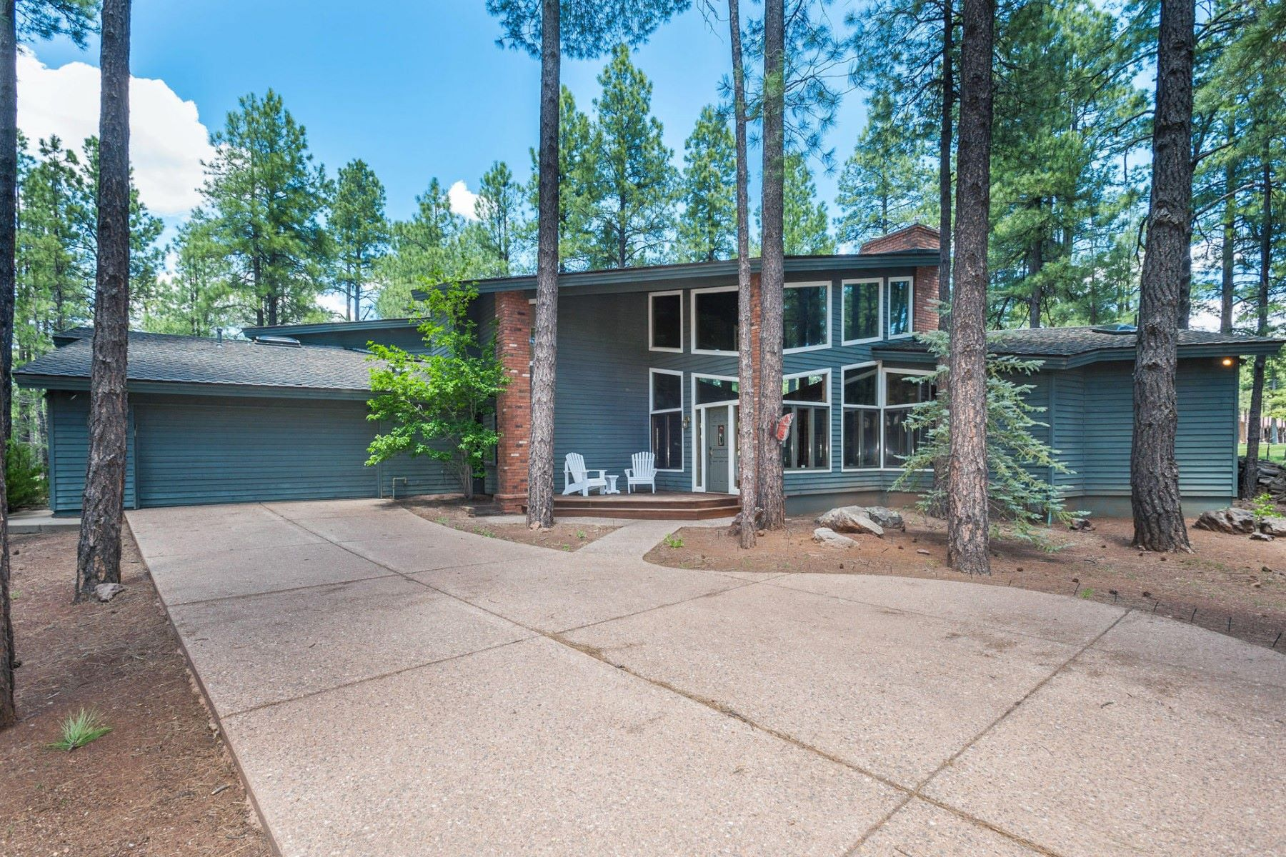 Maison unifamiliale pour l Vente à Beautiful flagstaff home with incredible views 112-3799 Bear Howard Flagstaff, Arizona, 86001 États-Unis