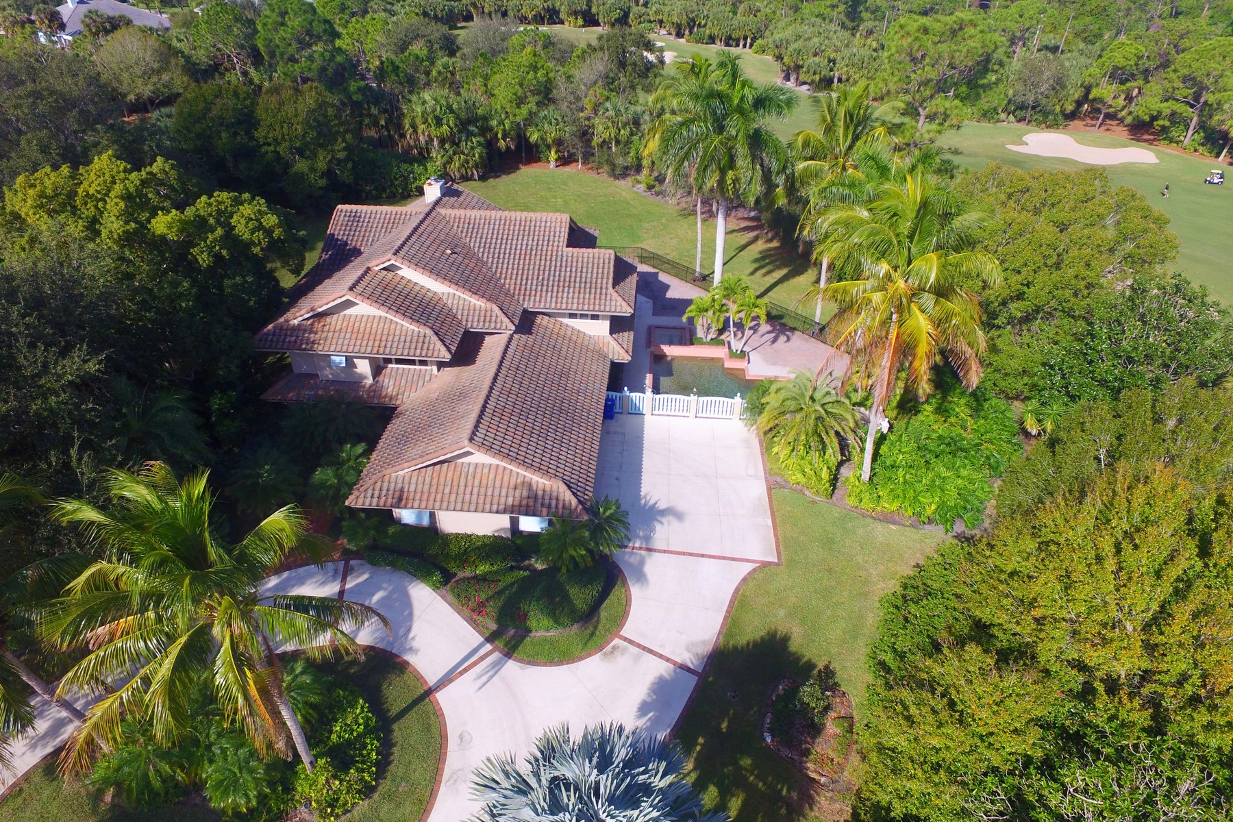 Single Family Home for Sale at Timeless and Inviting Golf Course Pool Home with Captivating Views! 5885 Turnberry Lane Vero Beach, Florida 32967 United States