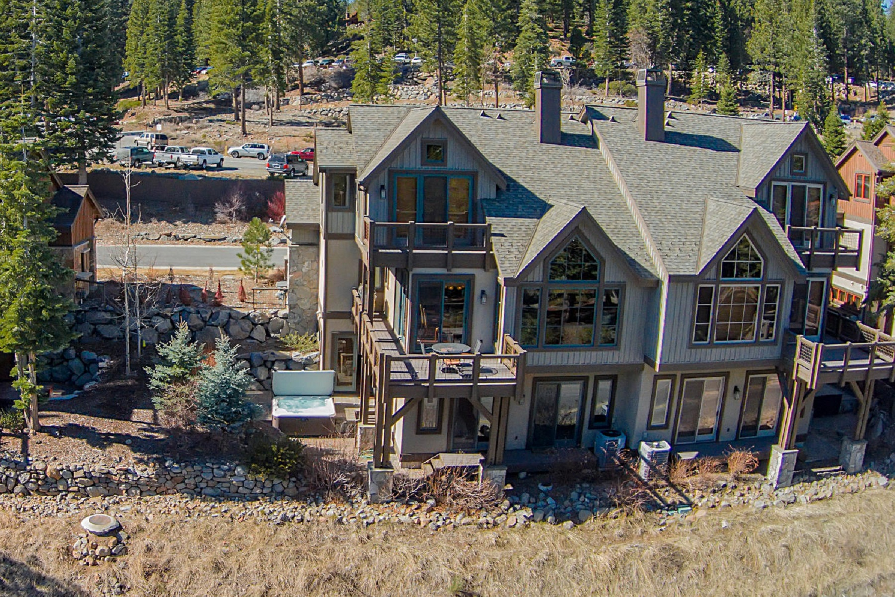 Additional photo for property listing at 7213 Larkspur Court #6, Truckee, CA 7213 Larkspur Court #6 Truckee, California 96161 United States
