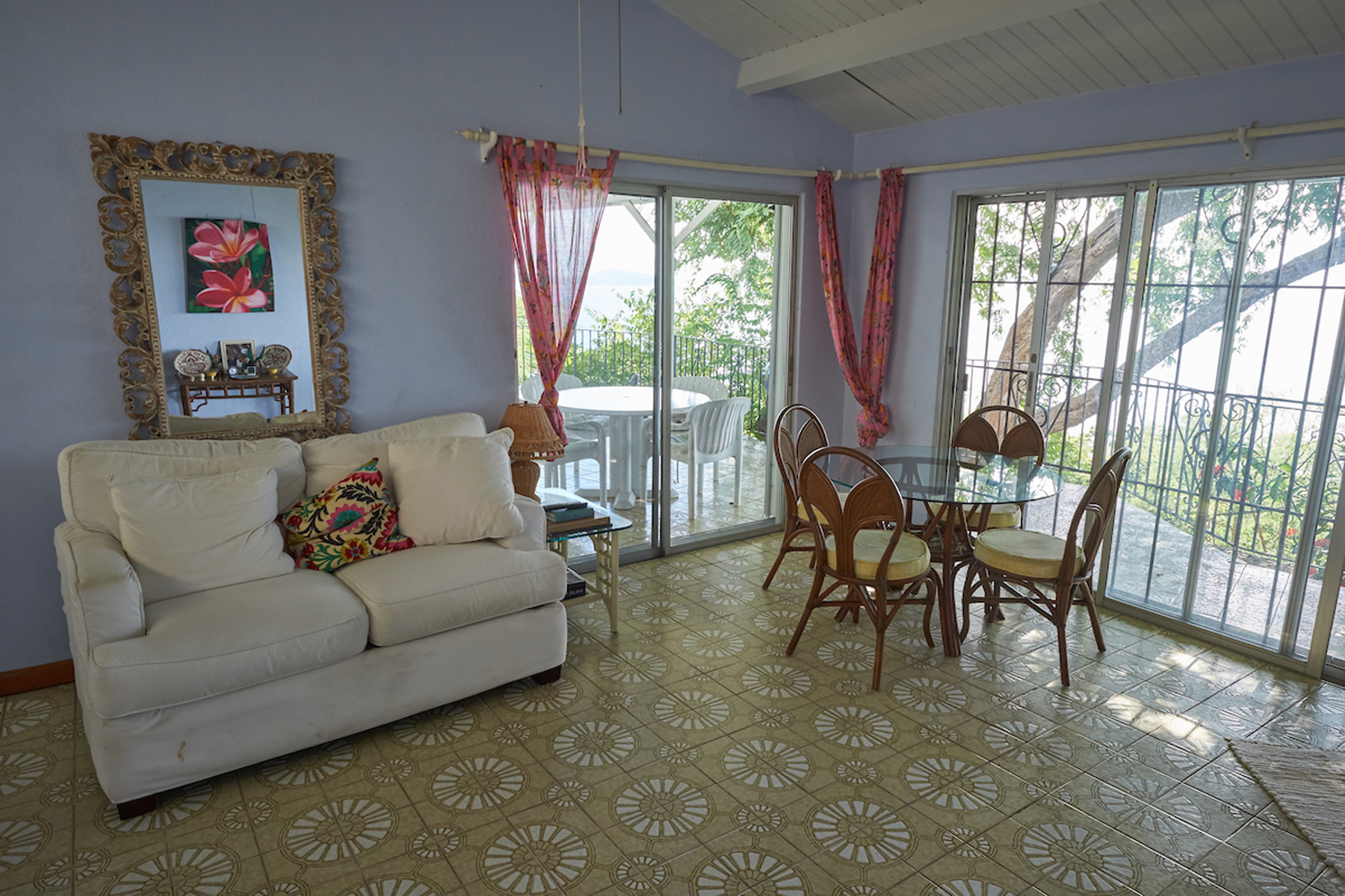 Additional photo for property listing at Smitty's Retreat Havers, Tortola Brittiska Jungfruöarna
