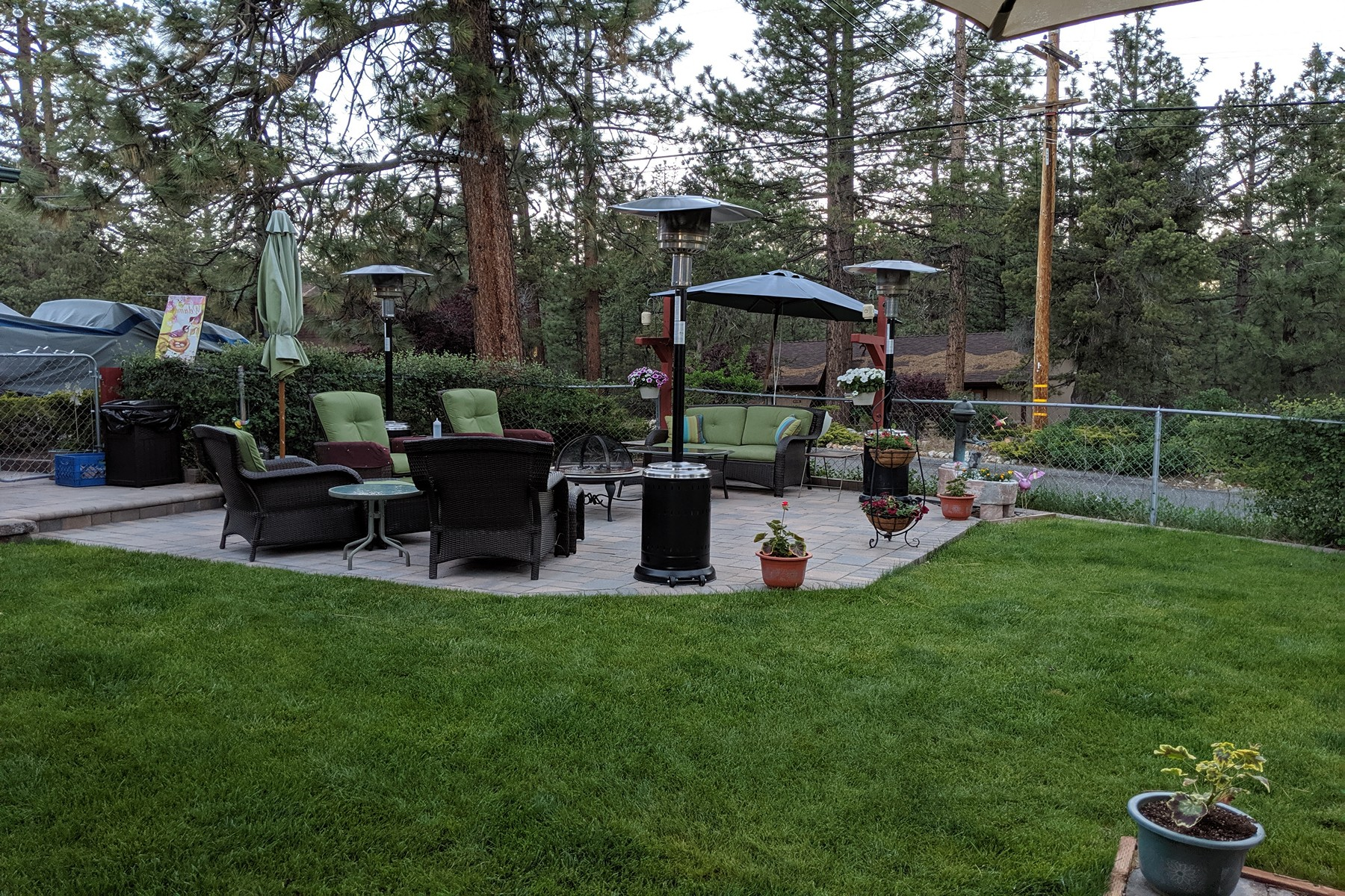 Single Family Homes for Sale at 322 Sites Way Big Bear City, CA 92314 322 Sites Way Big Bear City, California 92314 United States