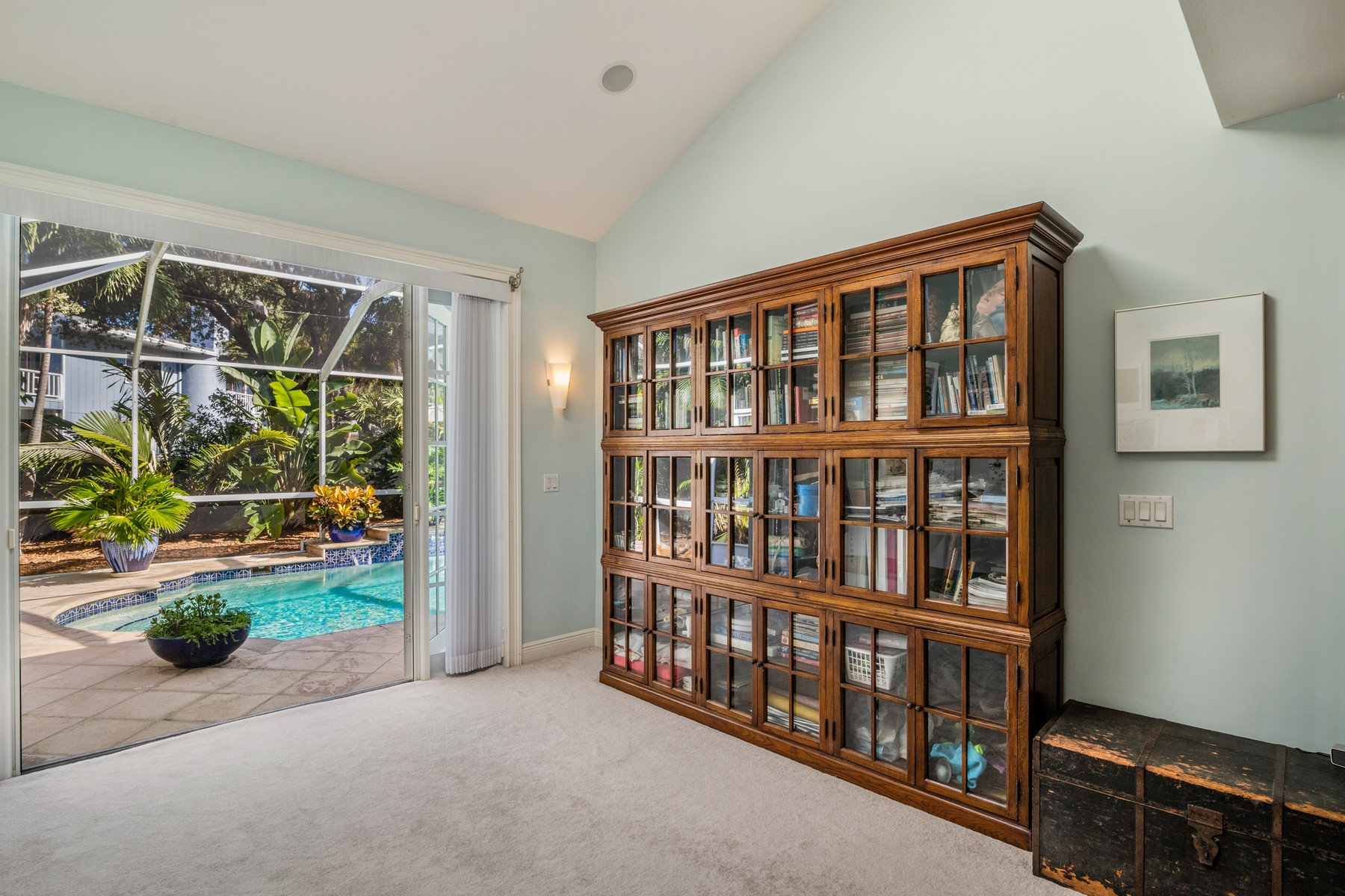 Additional photo for property listing at Gracious Pool Home Steps from the Beach 926 Sunrise Terrace Indian River Shores, Florida 32963 United States