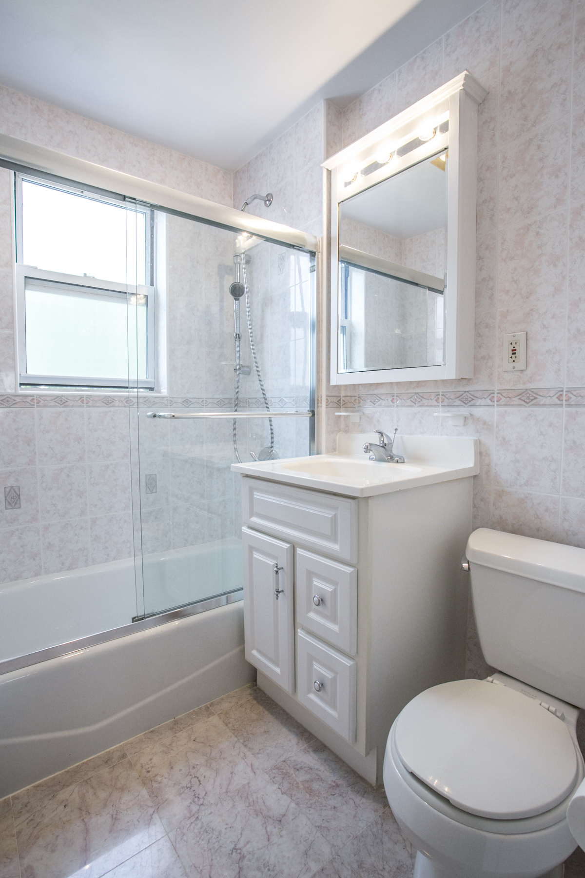 "Additional photo for property listing at ""RENOVATED TOWNHOUSE"" 67-105 Dartmouth Street, Forest Hills, New York FORES United States"