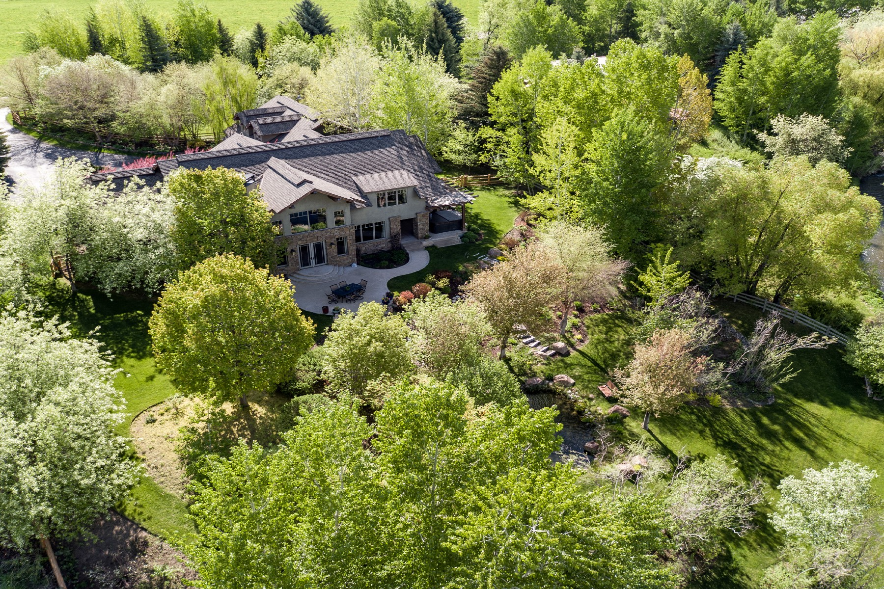 Single Family Home for Active at Simply Spectacular 207 N. Hiawatha Drive Hailey, Idaho 83333 United States
