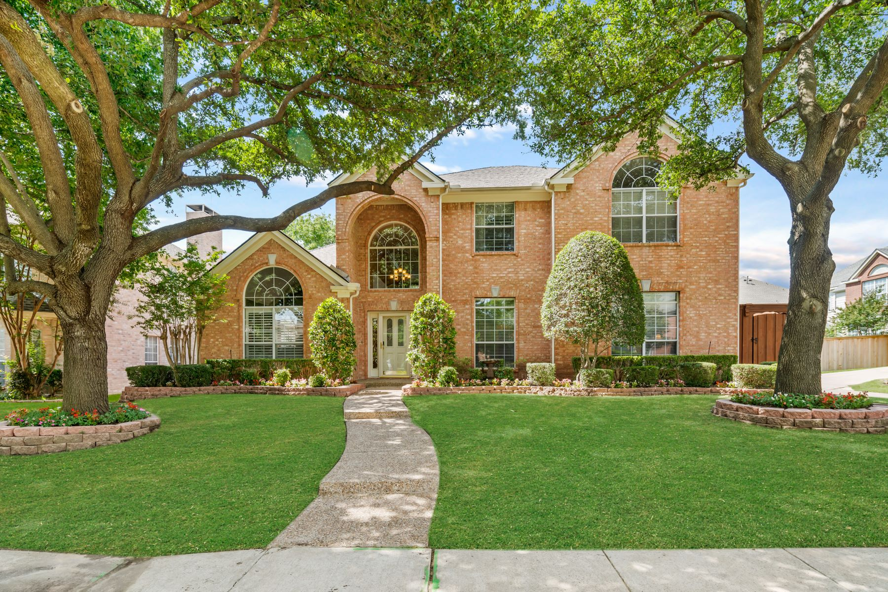 Single Family Homes for Sale at 4212 Atherton Drive Plano, Texas 75093 United States