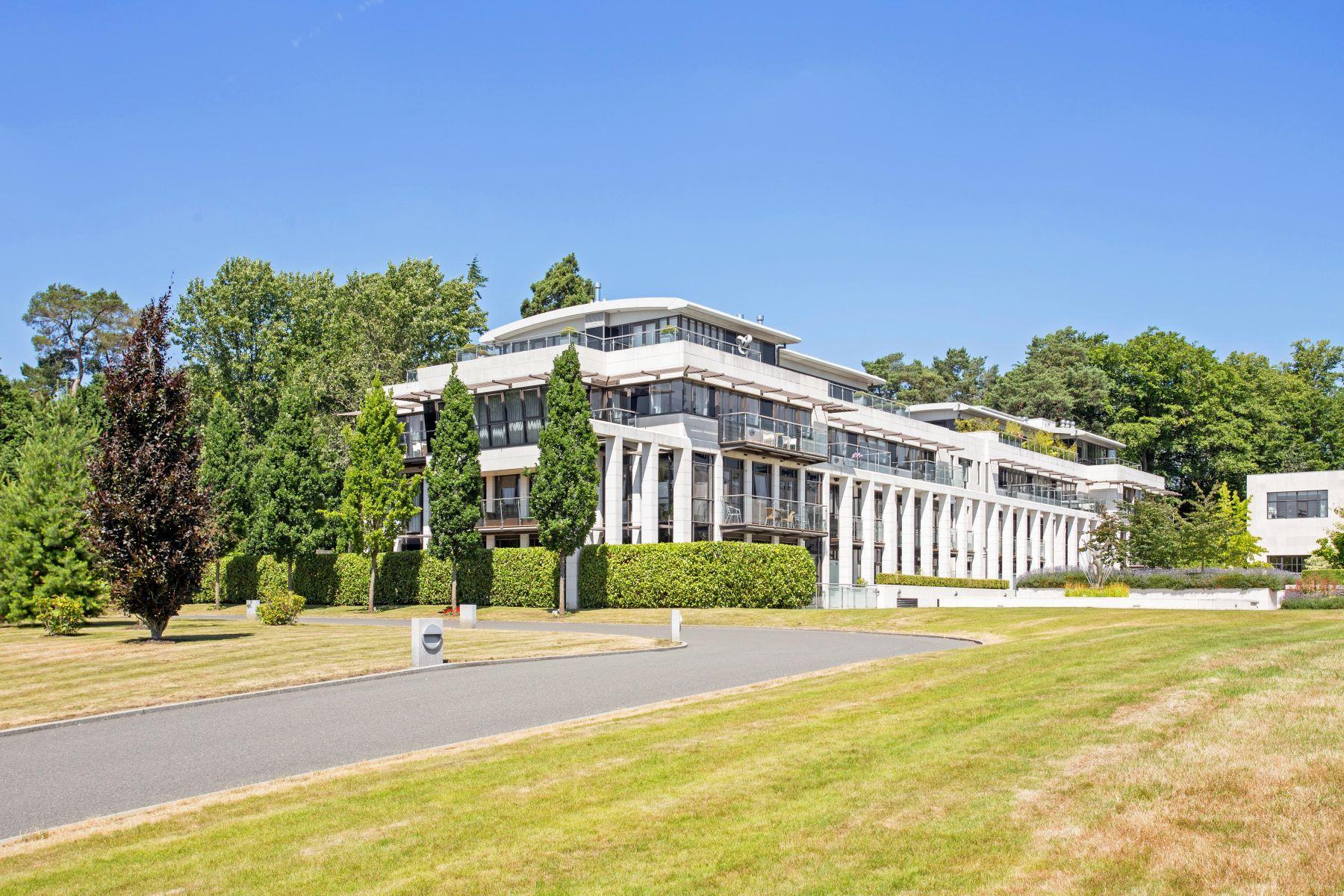 Duplex Homes for Sale at The Mackintosh Charters Court Ascot, England SL5 9FG United Kingdom