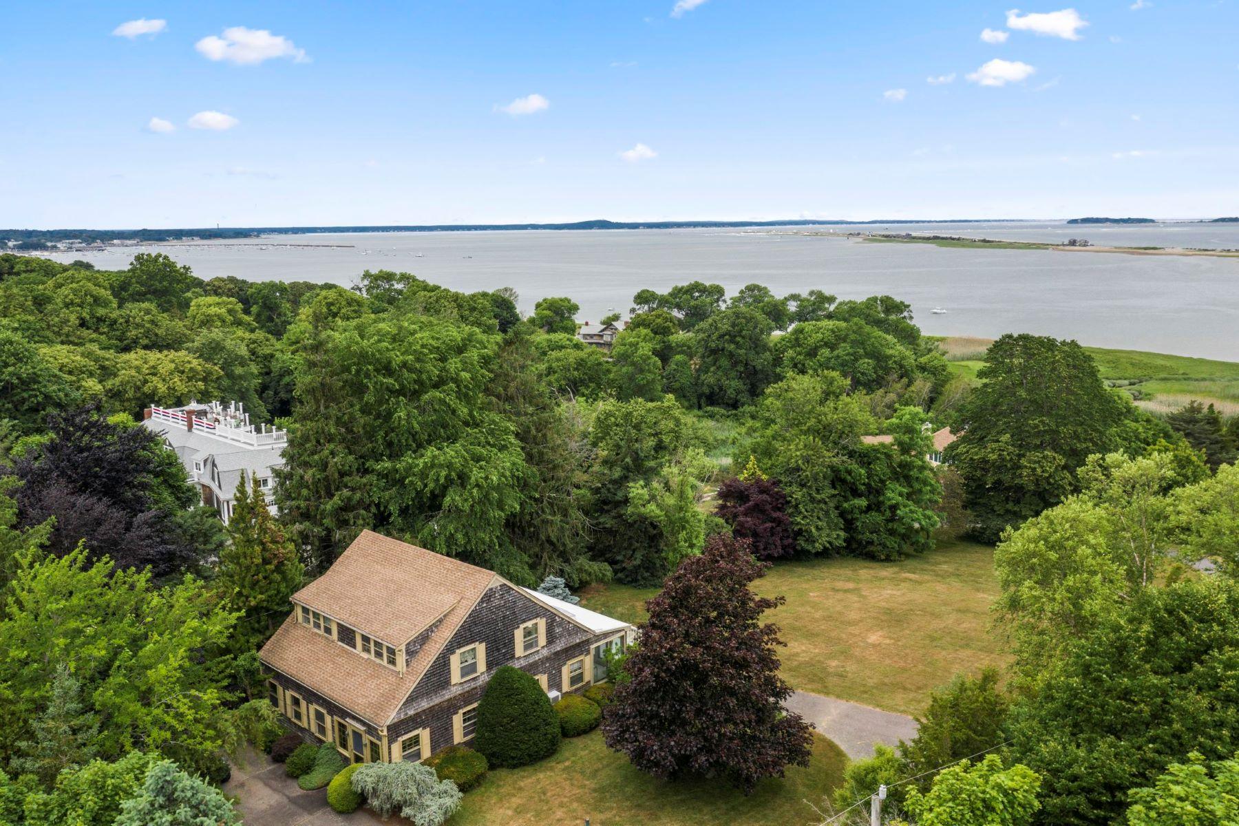 Single Family Homes 为 销售 在 Plymouth Escape 60 Warren Ave 普利茅斯, 马萨诸塞州 02360 美国