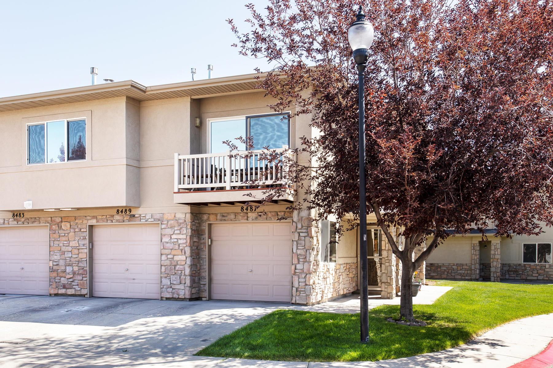 townhouses för Försäljning vid Immaculate West Jordan Townhome 8487 S Ivy Springs Ln, West Jordan, Utah 84081 Förenta staterna