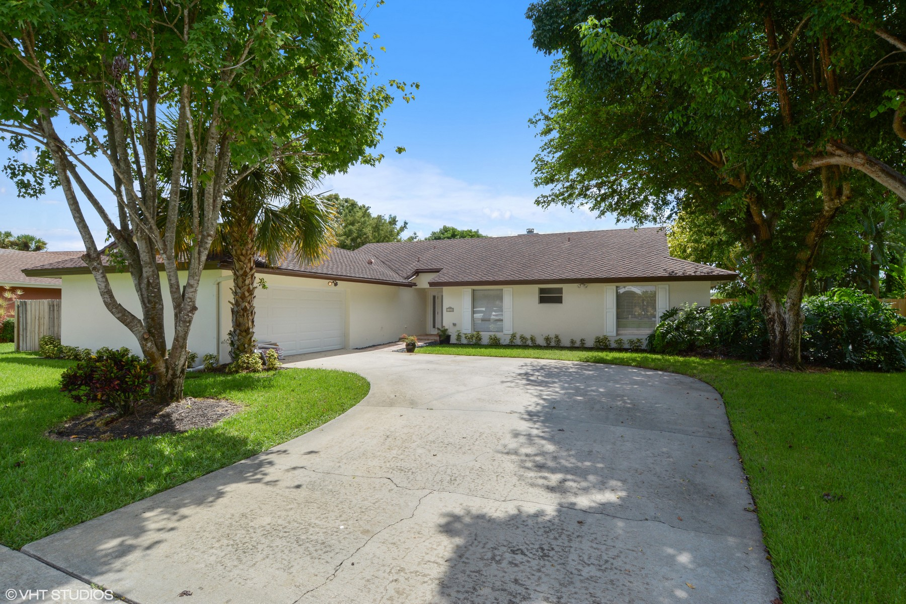 Vivienda unifamiliar por un Venta en 1426 Sailboat Circle Wellington, Florida, 33414 Estados Unidos