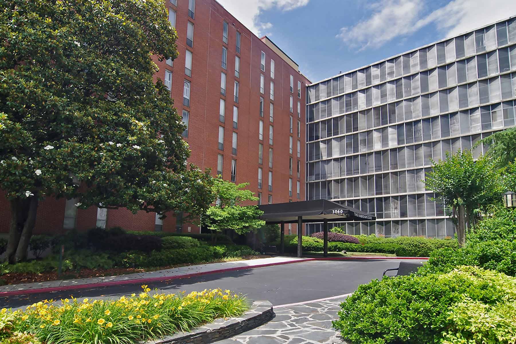 共管物業 為 出售 在 Two Bedroom in the Heart of Buckhead 3060 Pharr Ct Atlanta, 喬治亞州, 30305 美國
