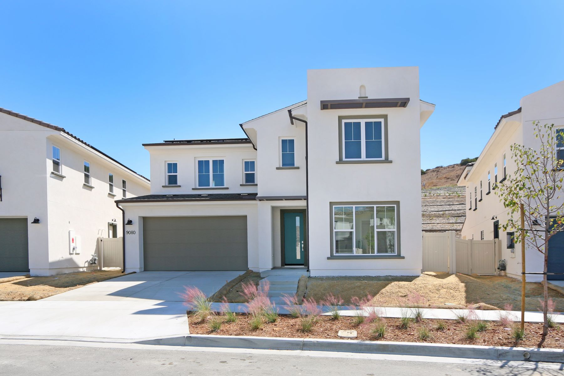 Single Family Homes for Sale at Lake Ridge in Weston 9080 West Bluff Place Lot 213 Santee, California 92071 United States