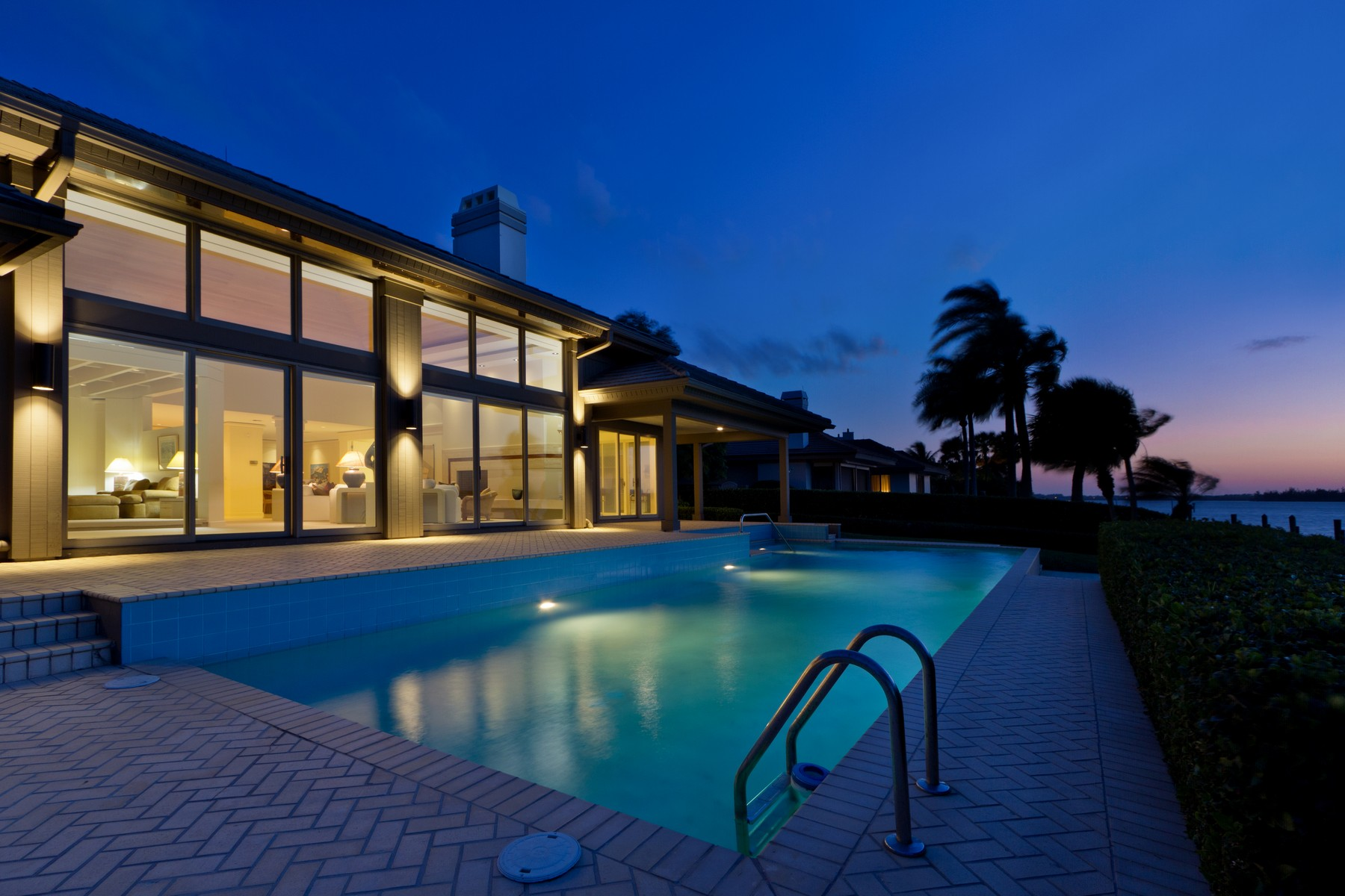 一戸建て のために 売買 アット One-of-a-Kind Timeless Waterfront Masterpiece! 153 Anchor Drive Vero Beach, フロリダ 32963 アメリカ合衆国