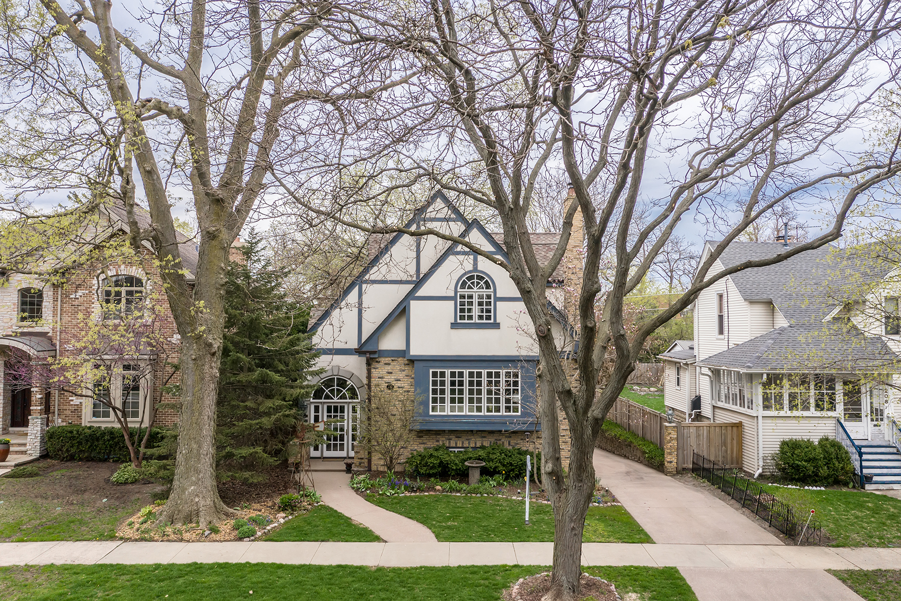 single family homes for Sale at 212 Stanley, Park Ridge 212 Stanley Avenue Park Ridge, Illinois 60068 United States