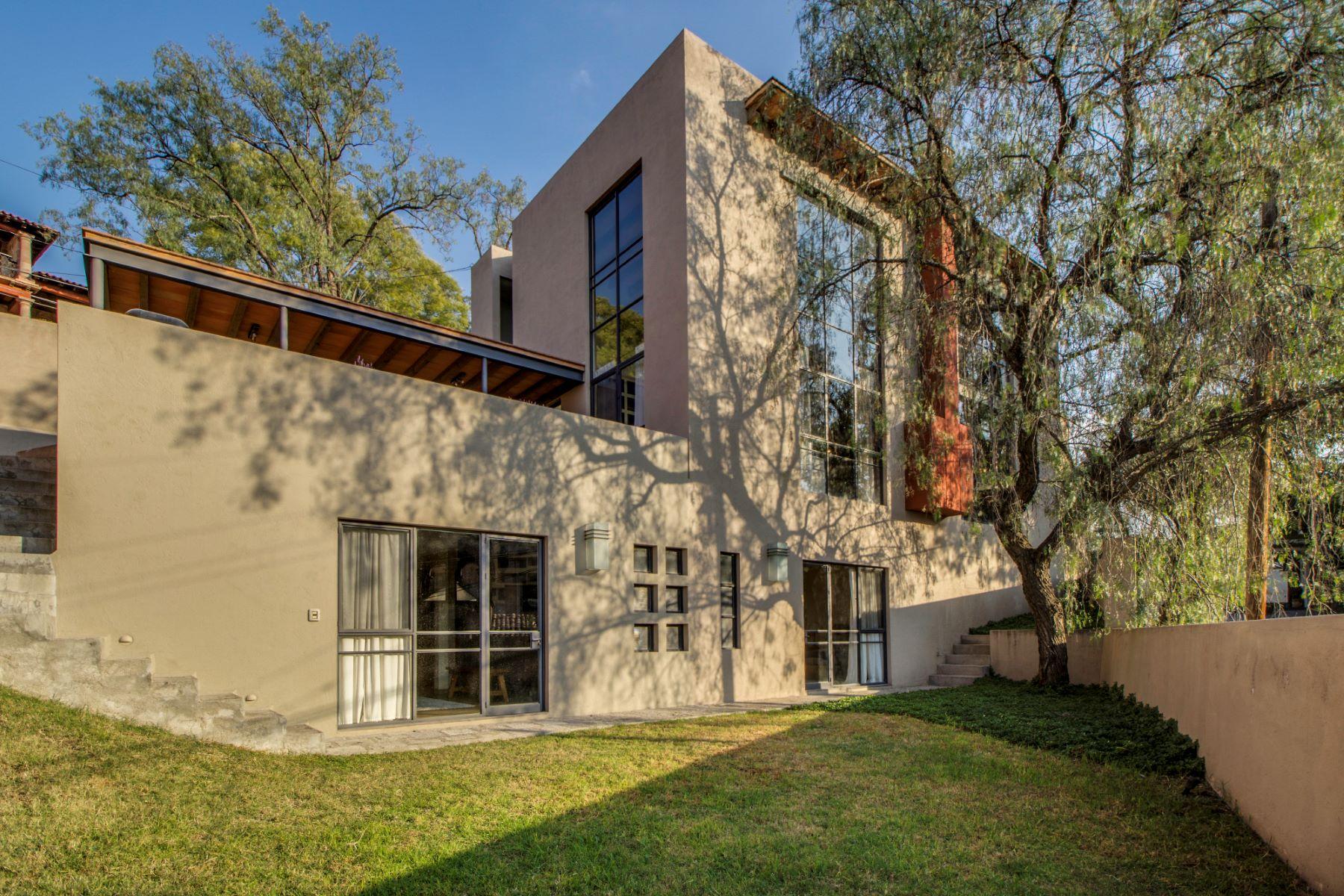 Additional photo for property listing at Casa Faroles Faroles 1 San Miguel De Allende, Guanajuato 37700 México