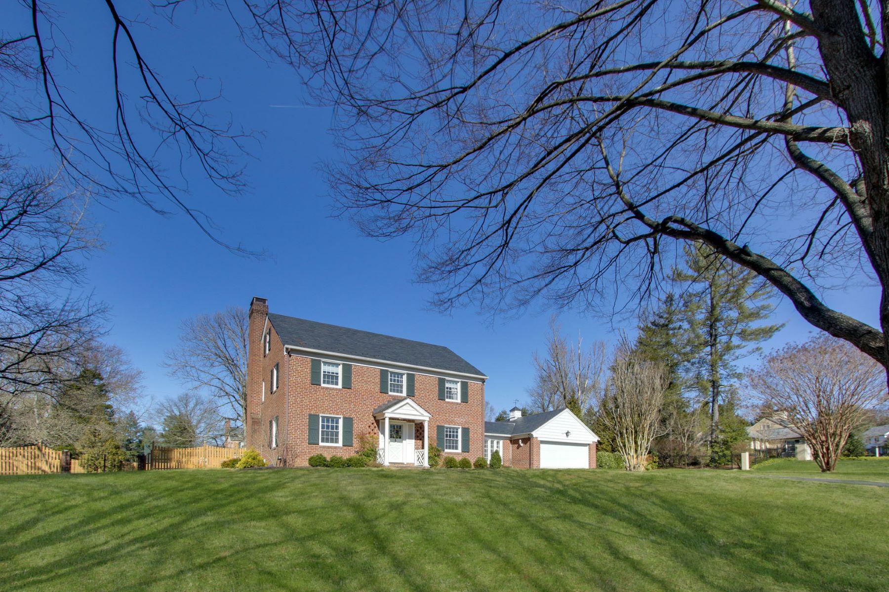 Single Family Homes por un Venta en Wakefield 2202 Boxmere Road Lutherville Timonium, Maryland 21093 Estados Unidos