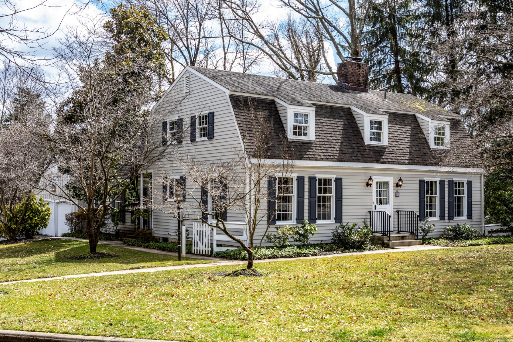 Property for Sale at Loads of Potential on a Pretty Little Cul de Sac 7 Shadowstone Lane, Lawrenceville, New Jersey 08648 United States