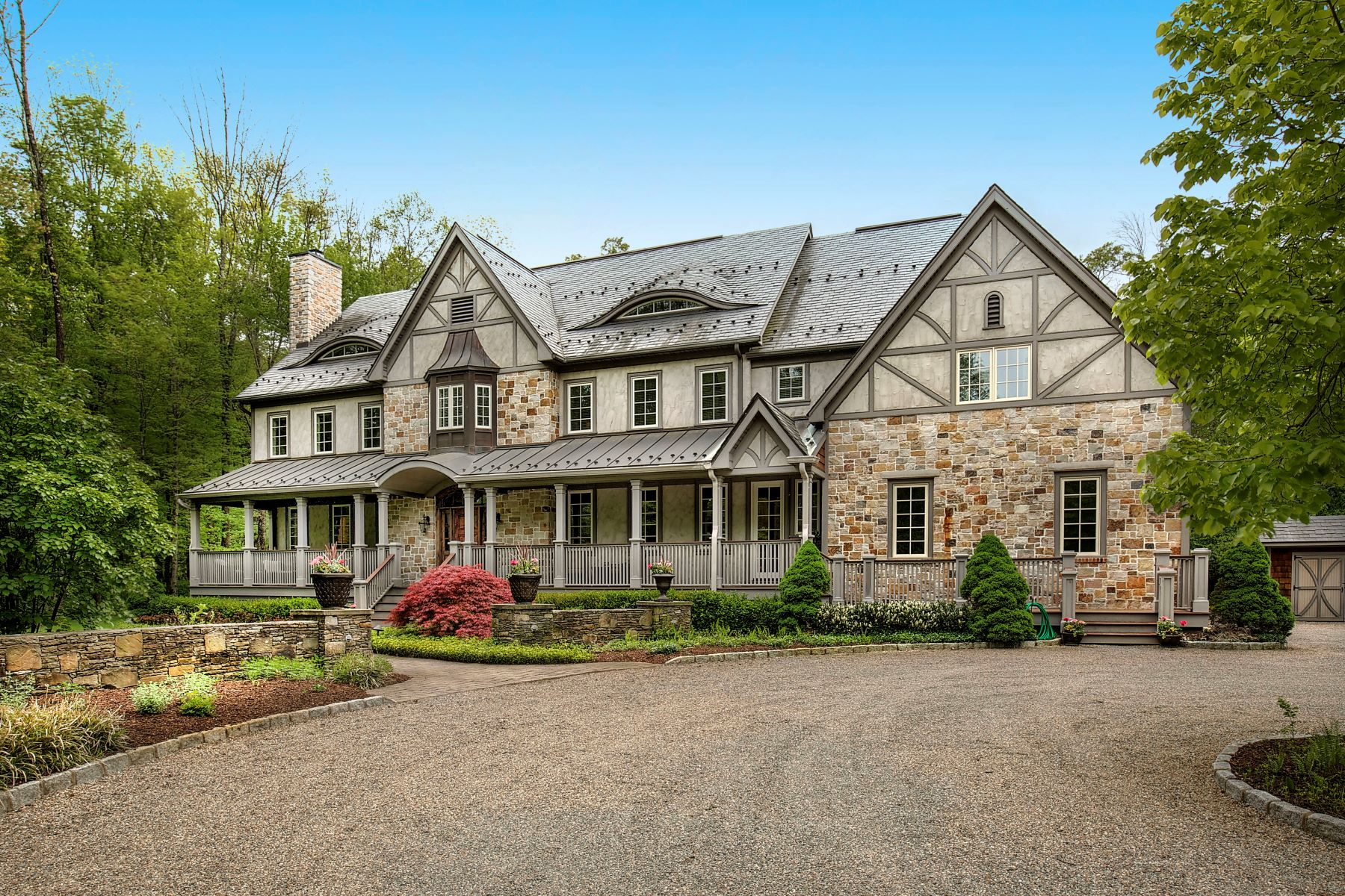 獨棟家庭住宅 為 出售 在 Gracious Custom Colonial 45 Hardscrabble Road Basking Ridge, 新澤西州 07920 美國