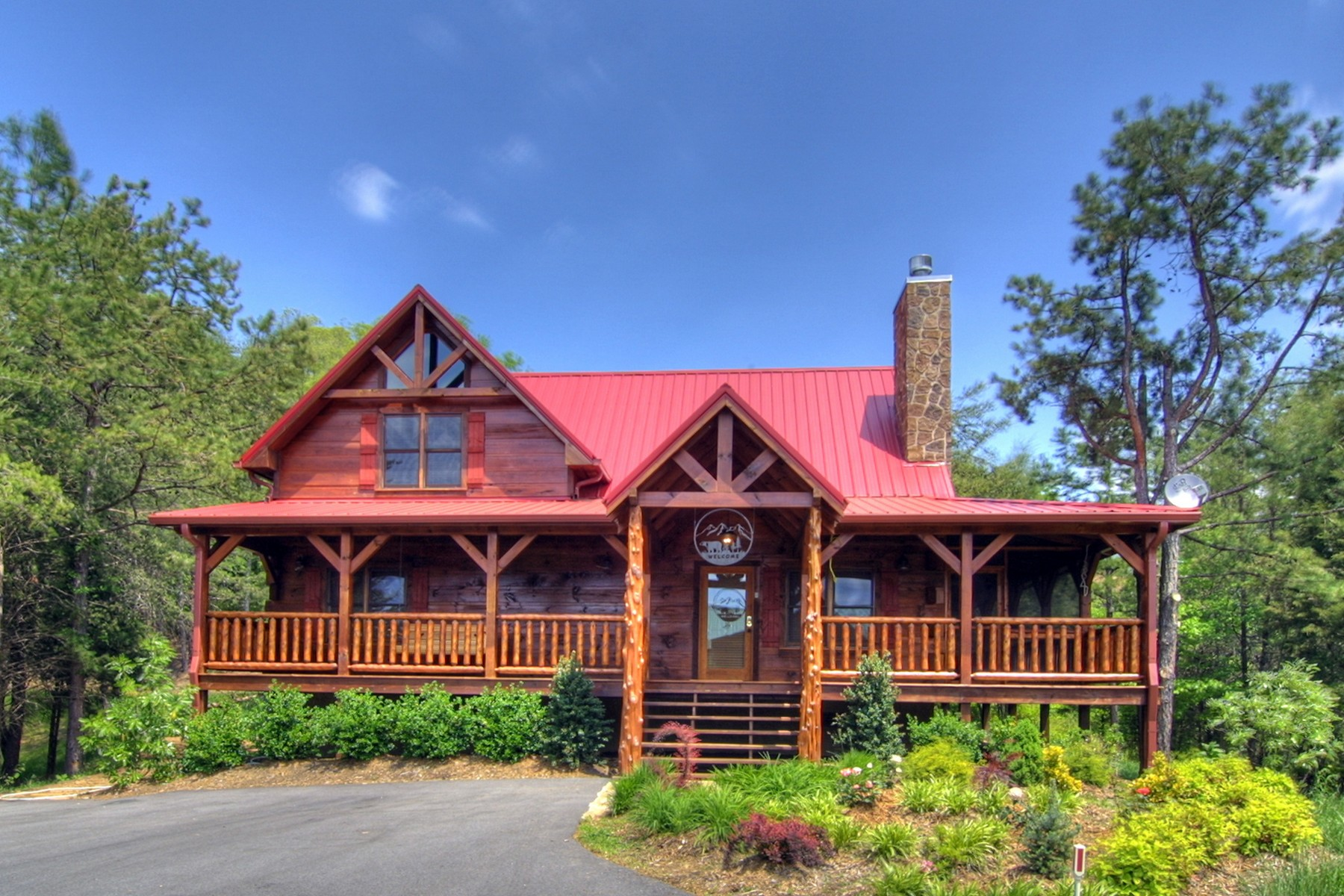 Single Family Homes vì Bán tại Smoky Mountain Retreat 2409 Burke Avenue, Sevierville, Tennessee 37876 Hoa Kỳ