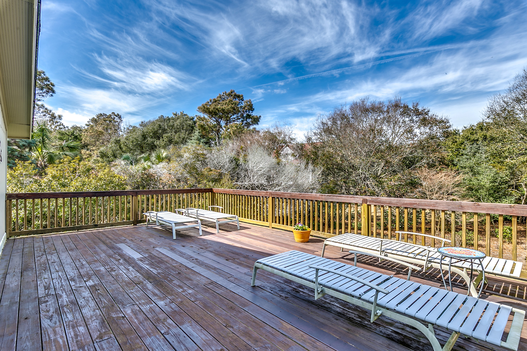 Additional photo for property listing at 833 Parker Drive, Pawleys Island, SC 29585 833  Parker Drive Pawleys Island, South Carolina 29585 United States
