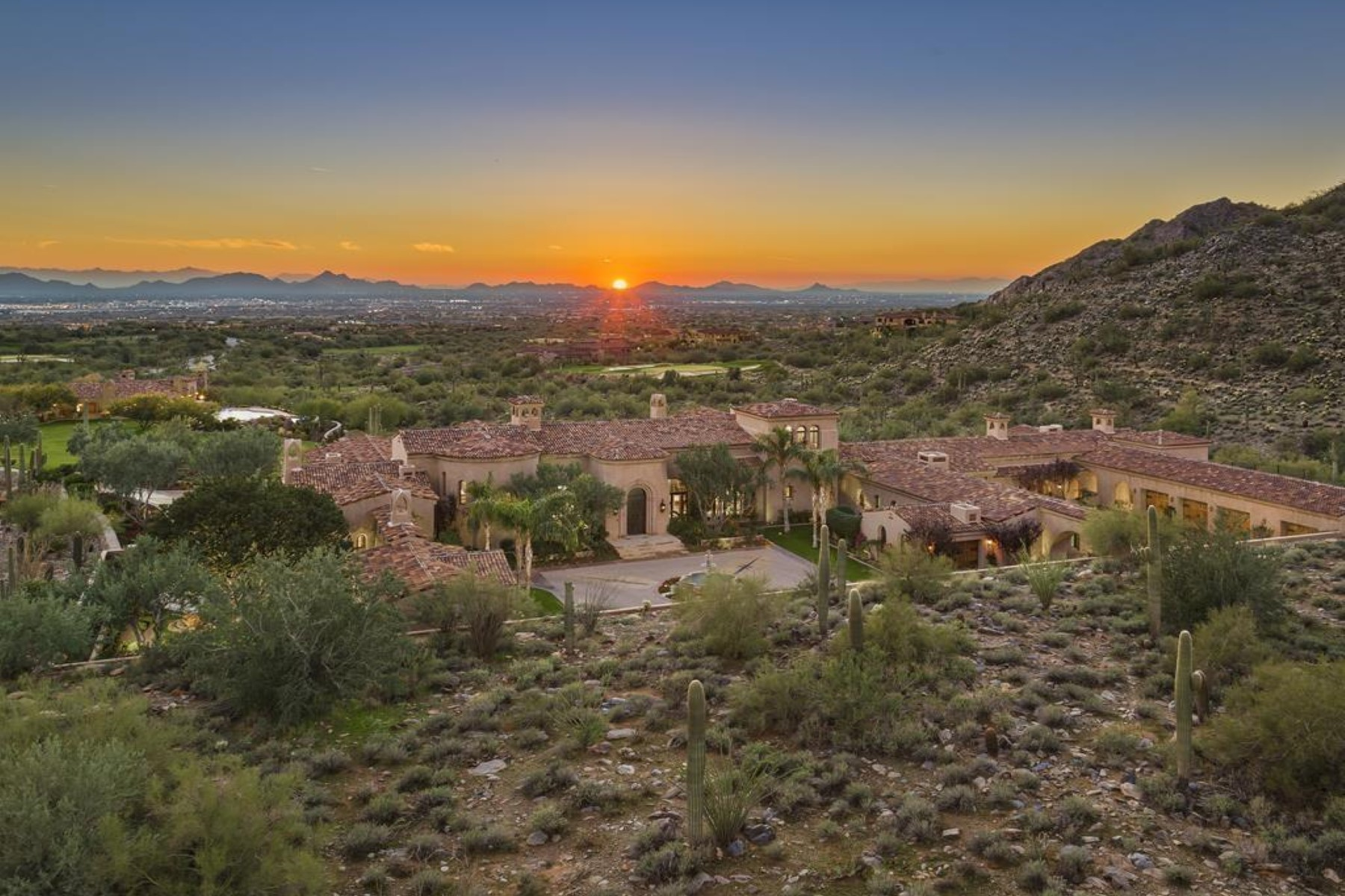 Single Family Homes for Active at Silverleaf at DC Ranch 10696 E Wingspan Way Scottsdale, Arizona 85255 United States