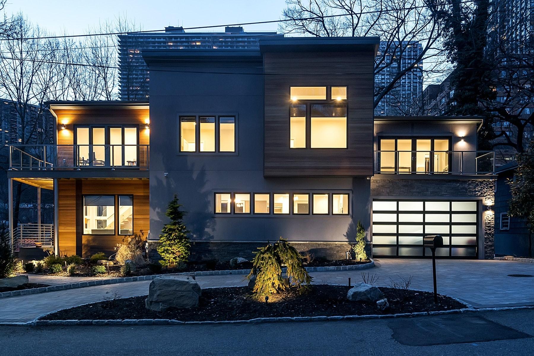 Altro tipo di proprietà per Vendita alle ore 50 Annett Ave Edgewater, New Jersey 07020 Stati Uniti