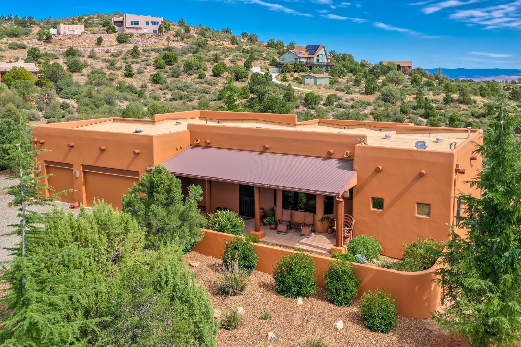 Single Family Homes 为 销售 在 Williamson Valley Heights 12535 N Flying Hawk Trail 普雷斯科特, 亚利桑那州 86305 美国