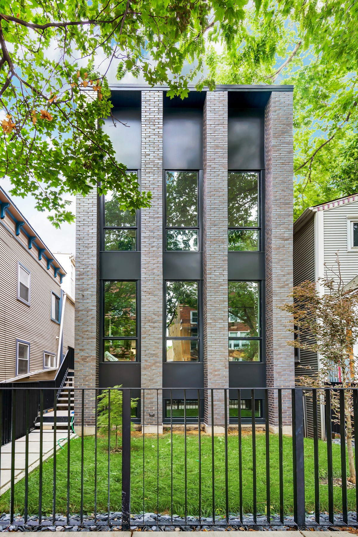 Single Family Home for Sale at Contemporary New Construction in West Town 1809 W Erie Street Chicago, Illinois, 60622 United States