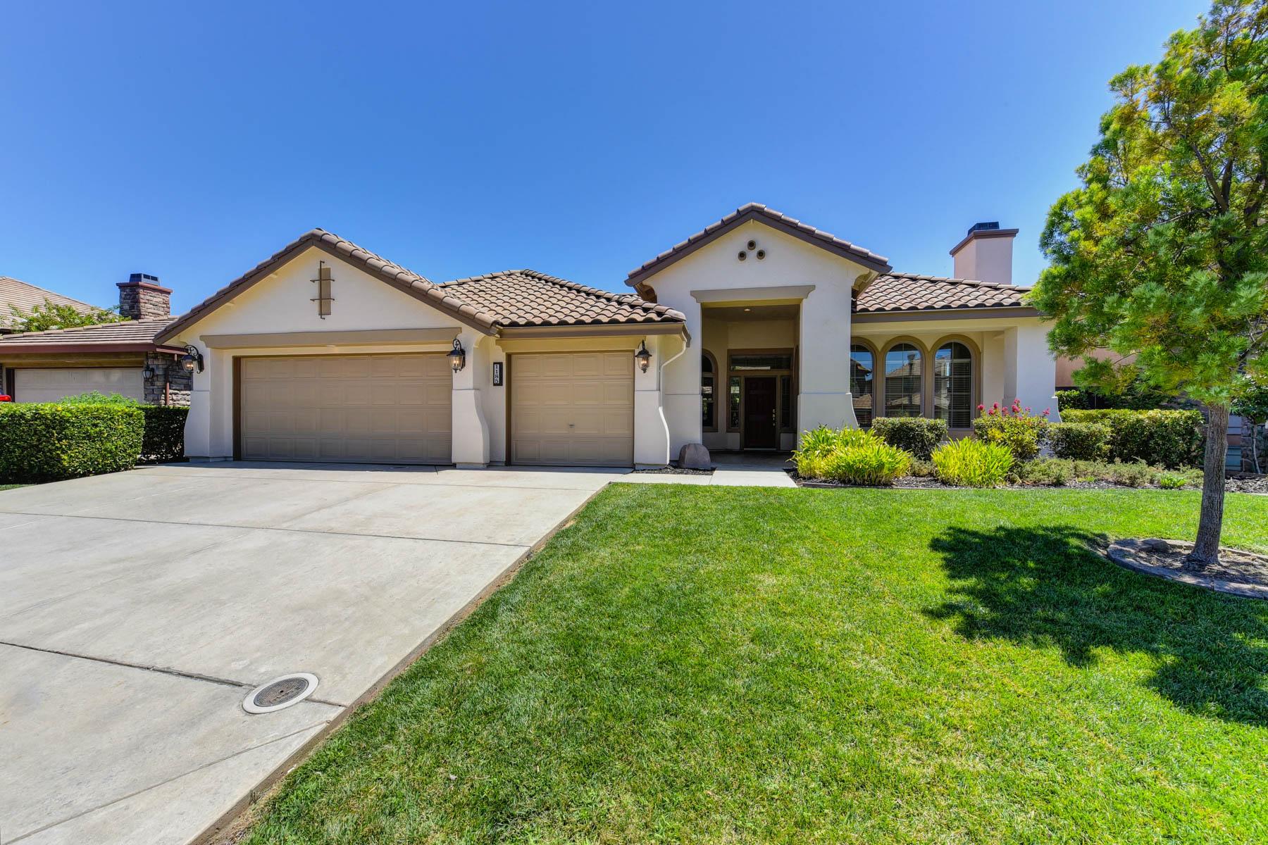 Single Family Homes 为 销售 在 1185 Hillwood Loop, Lincoln, CA 95648 1185 Hillwood Loop Lincoln, 加利福尼亚州 95648 美国