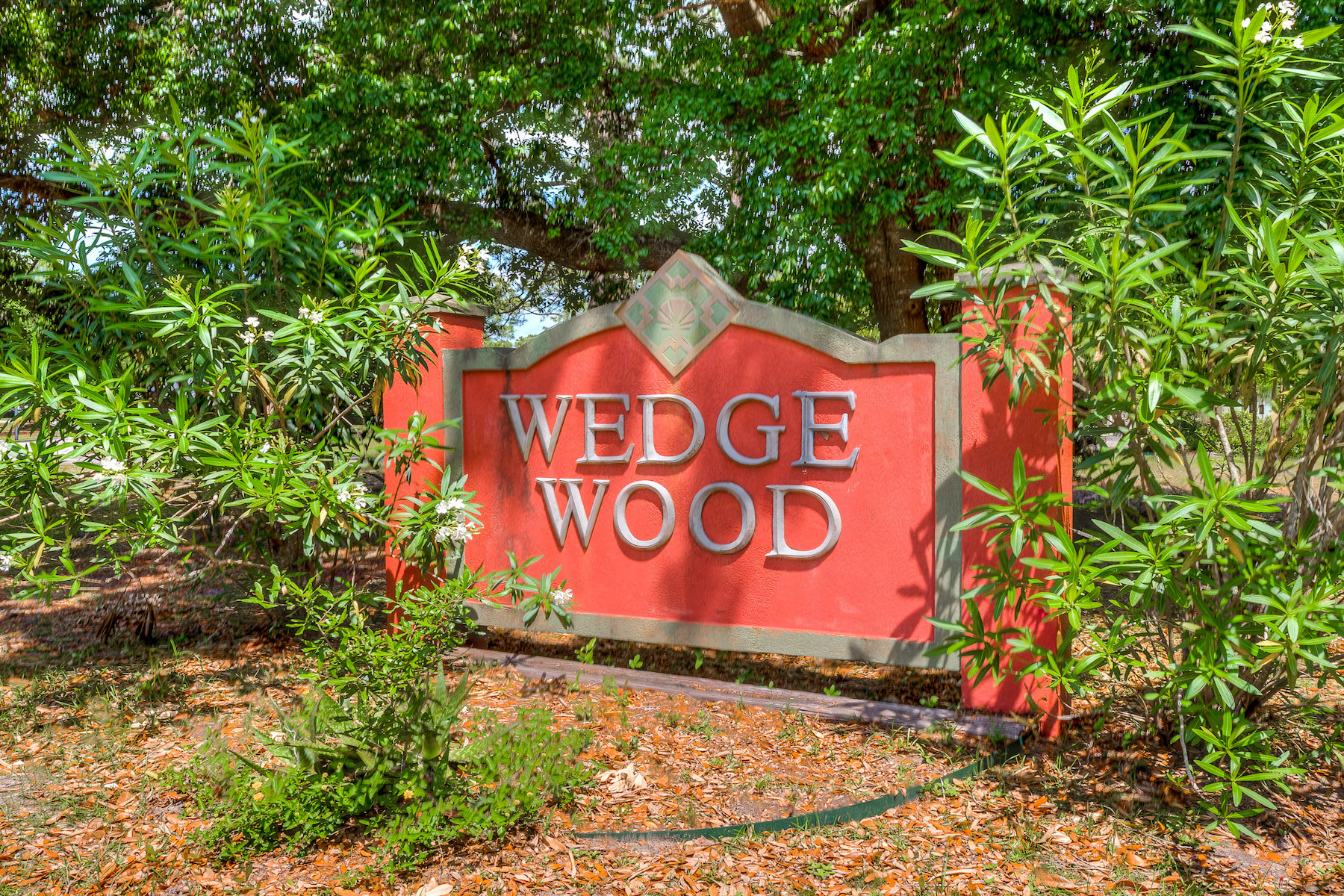 Single Family Home for Active at 409 Wedgewood Drive Gulf Shores, Alabama 36542 United States