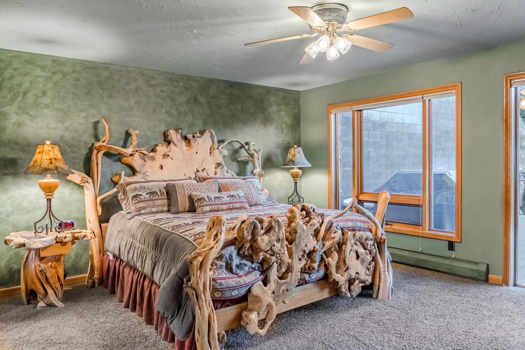 Additional photo for property listing at Stunning Estes Park Home, Showcasing Breathtaking Rocky Mountains 2701 Fall River Rd Estes Park, Colorado 80517 United States