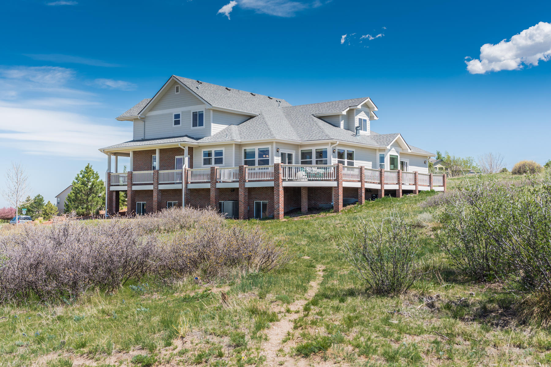 Single Family Home for Active at Ideally situated on 1.1-acres with million dollar views of the Front Range 20054 E Hanging J Ranch Pl Parker, Colorado 80134 United States