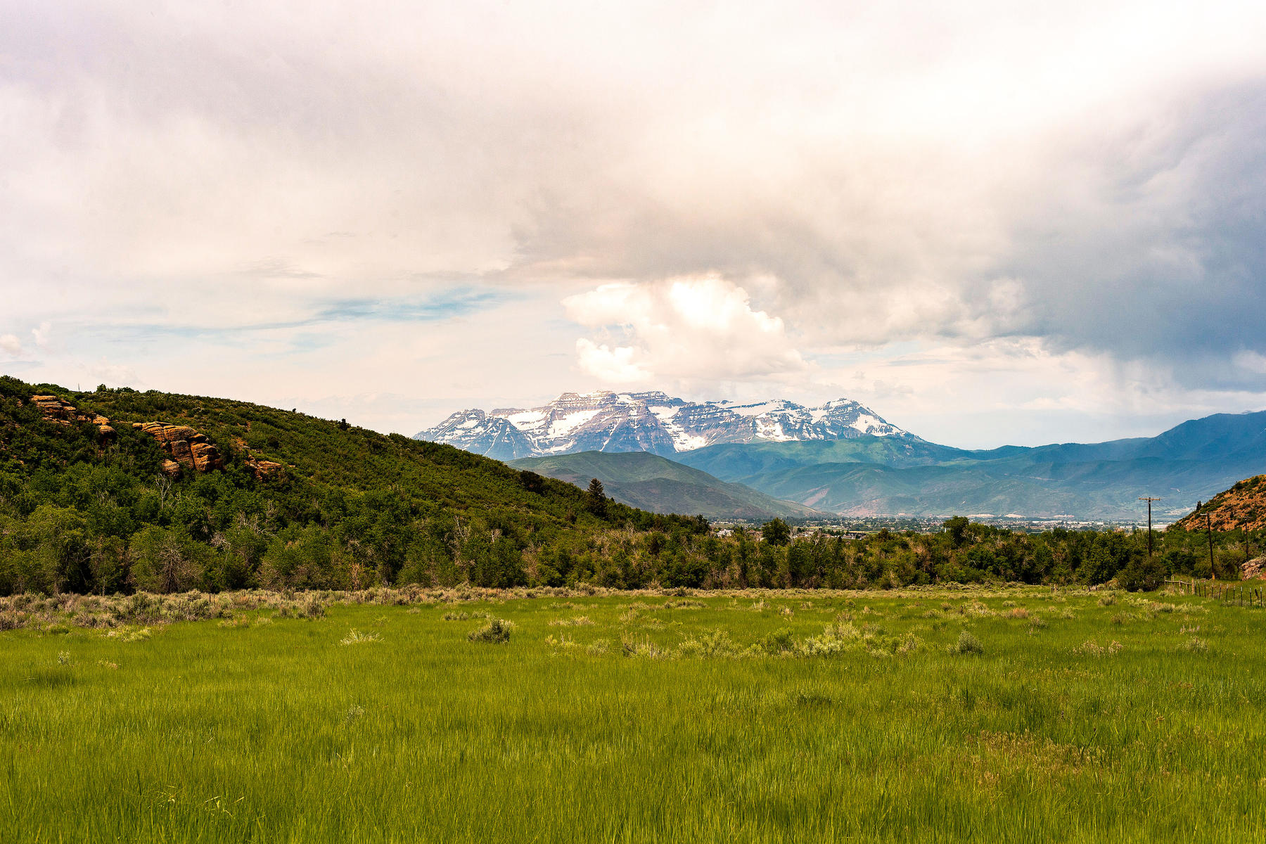Land for Active at Stunning Views of Mount Timpanogos from Over 406 Acres in Heber Valley Lake Creek Road Heber, Utah 84032 United States