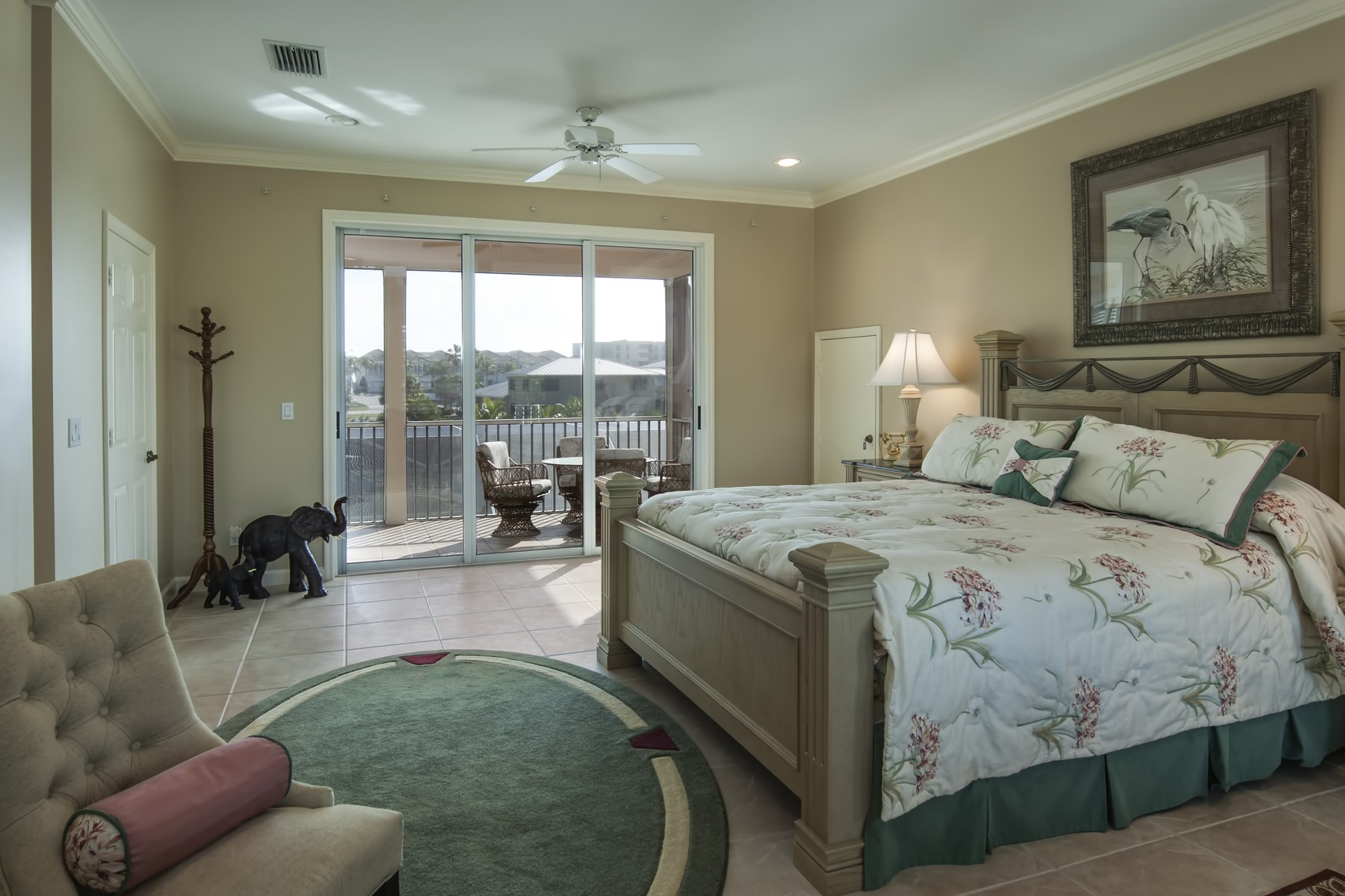 Additional photo for property listing at Boater's Delight! Two Story Estate Home on Bethel Creek 4770 Bethel Creek Drive Vero Beach, Florida 32963 United States