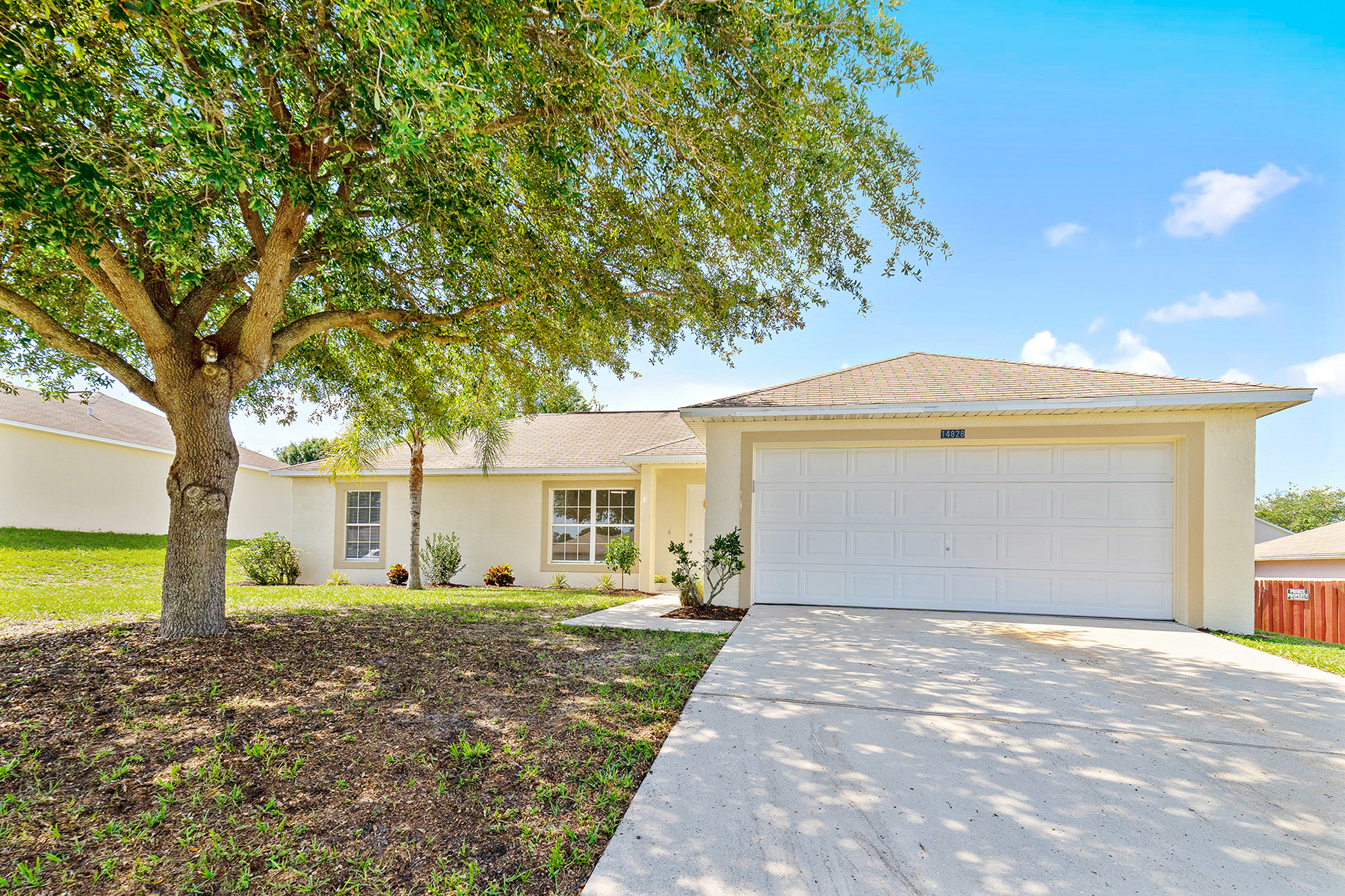 single family homes for Active at CLERMONT-ORLANDO 14828 Windy Mount Cir Clermont, Florida 34711 United States