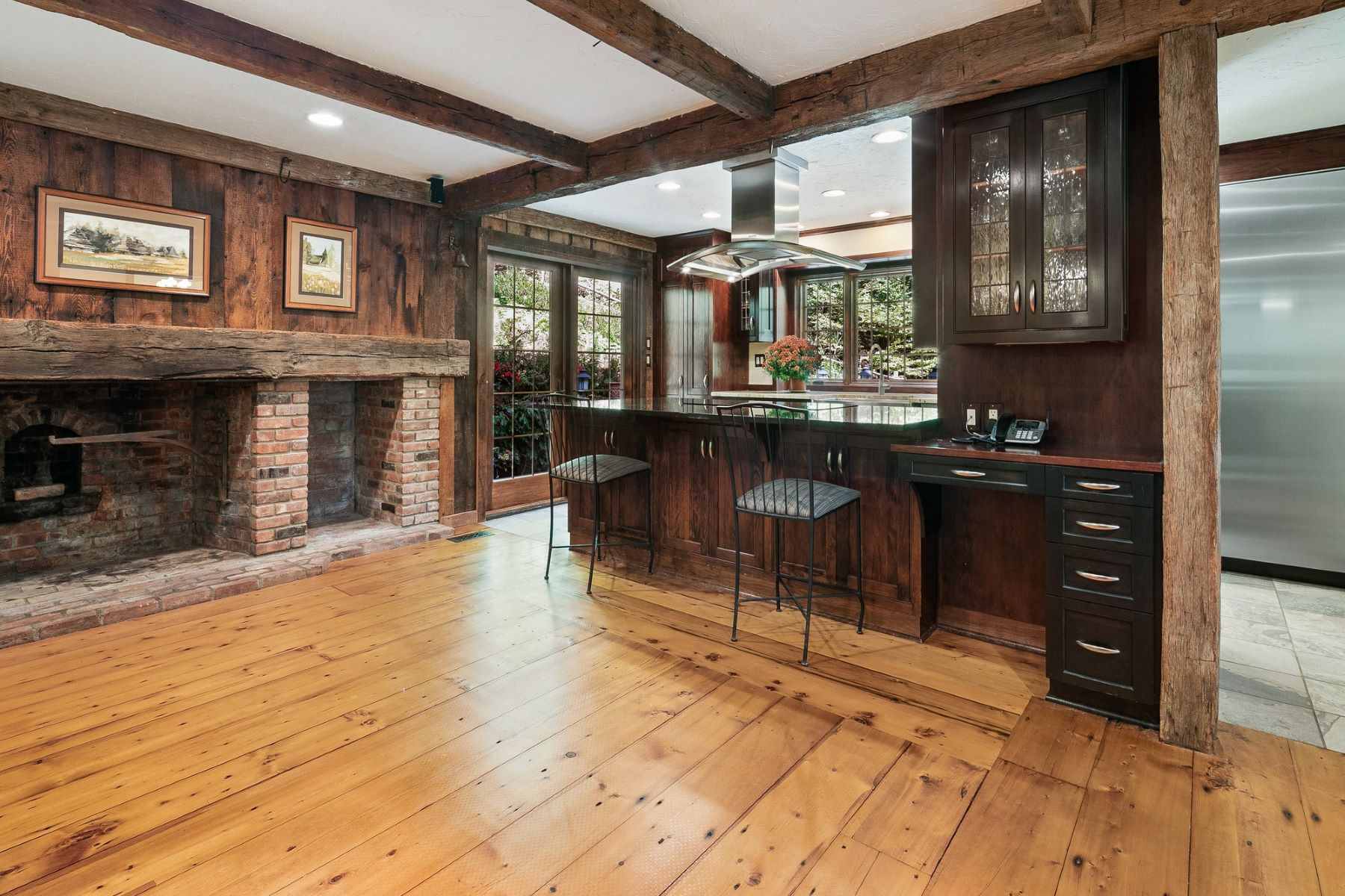 Single Family Homes for Sale at Charming Salt Box 30 Woodland Road Mendham, New Jersey 07945 United States