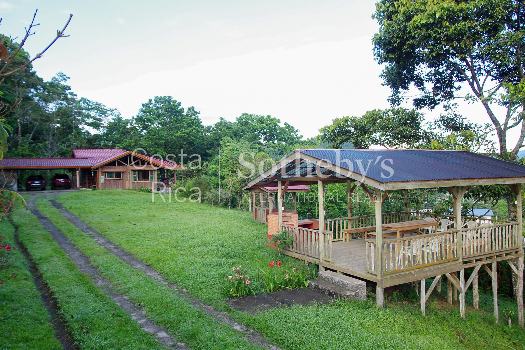 Additional photo for property listing at 300ha+ Finca Turística Turrialba Turrialba, Cartago Costa Rica