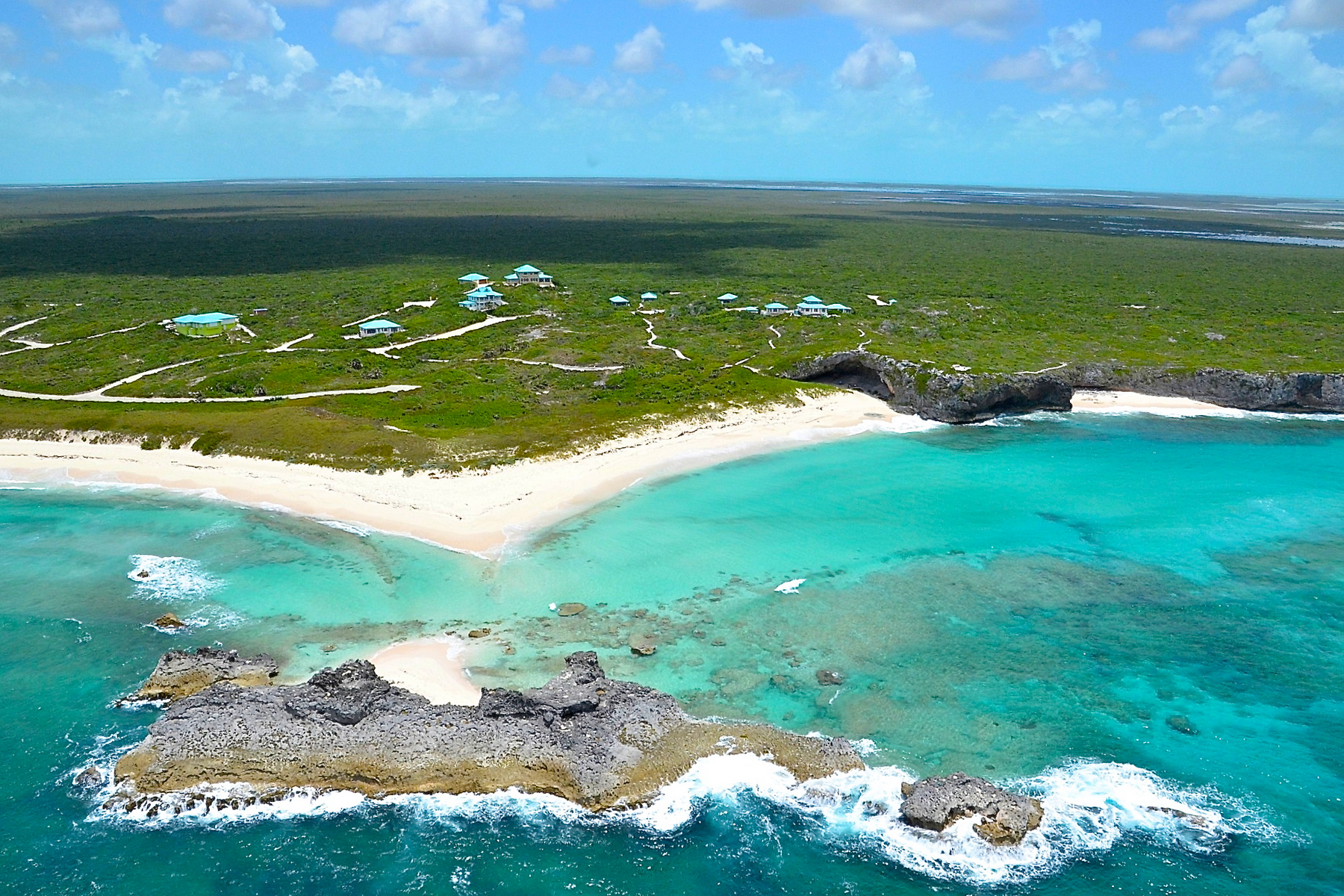 Additional photo for property listing at Mudjin Harbour Ocean View Lot Other Middle Caicos, Средний Кайкос Теркс И Кайкос