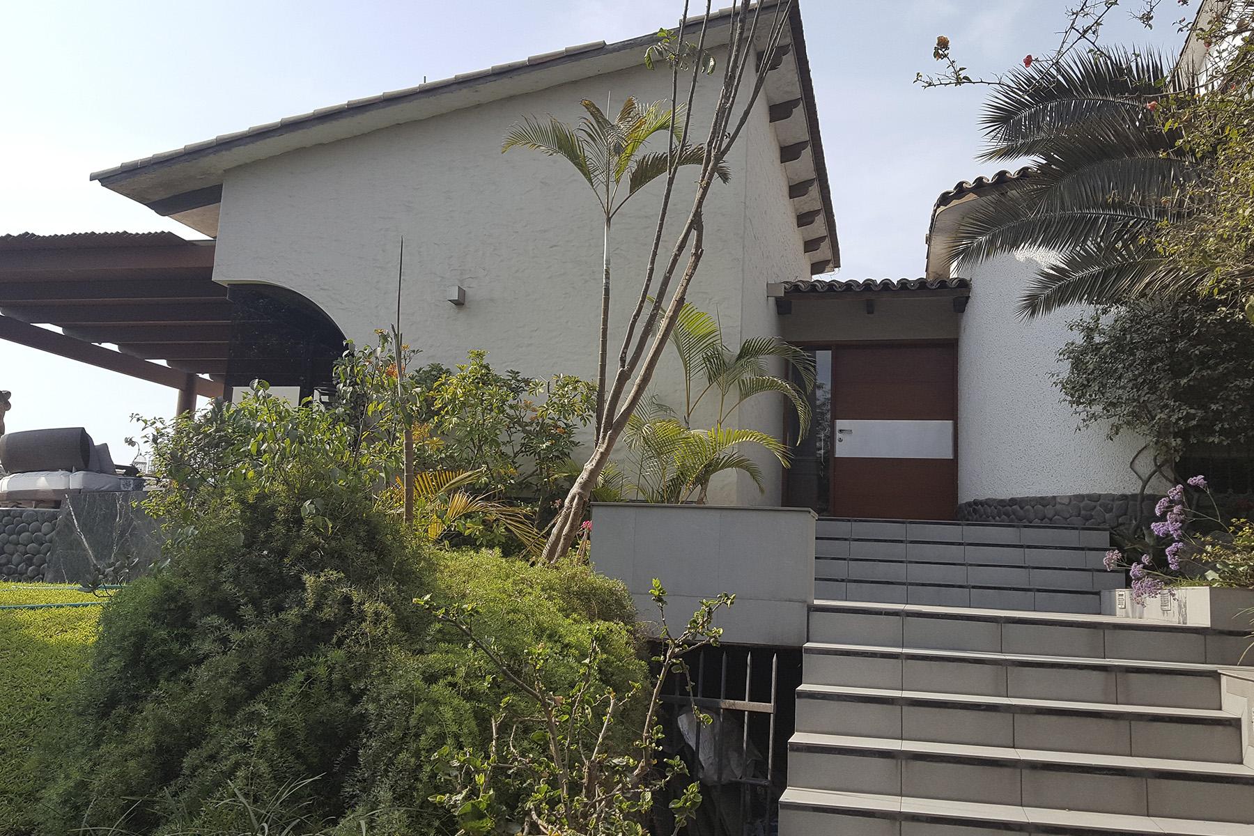多户住宅 为 销售 在 Magnificent house with privileged view, located in exclusive area of Rinconada A Monte Real 秘鲁其他地方, 秘鲁其他地方 12 秘鲁