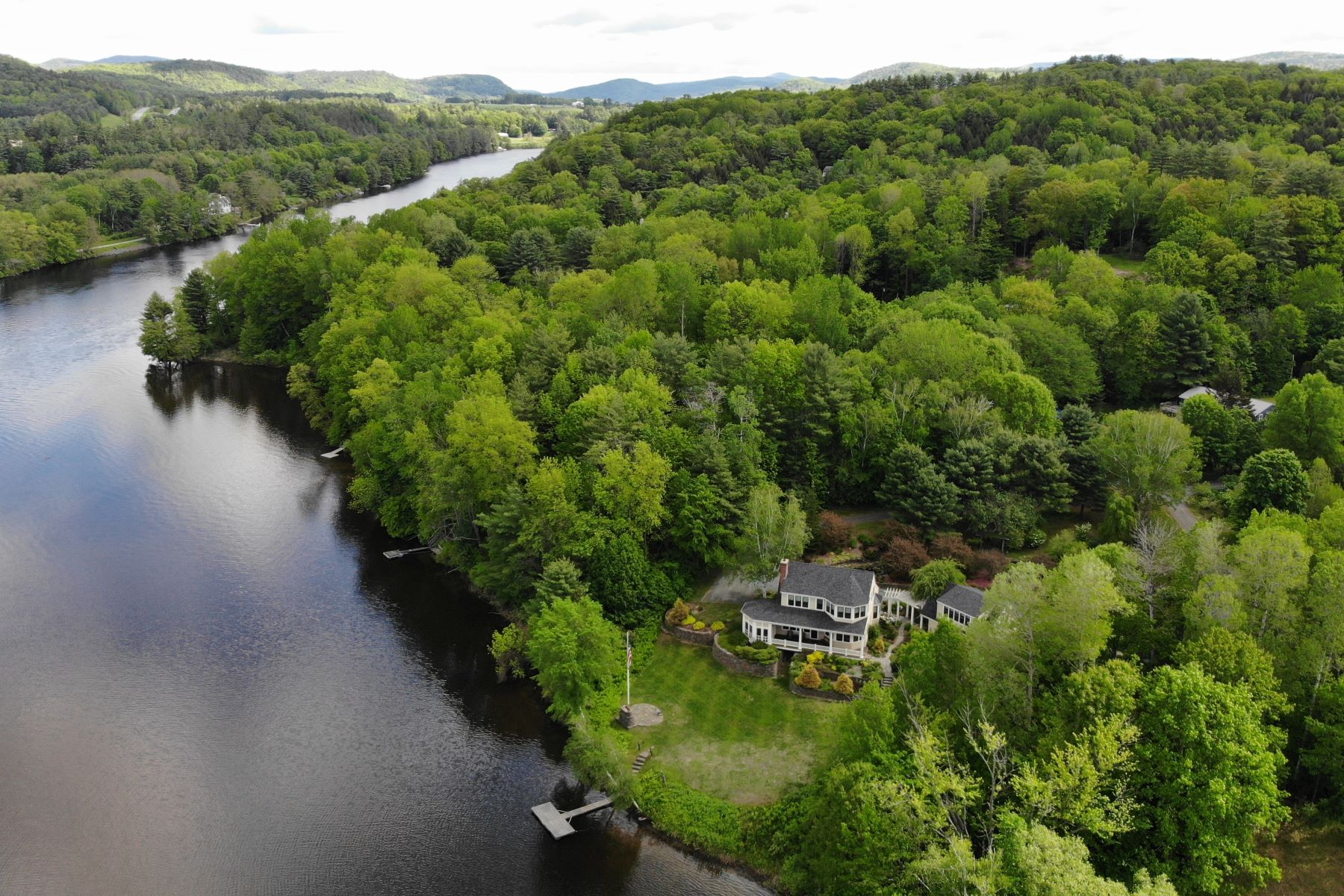Single Family Home for Sale at 10 River Road, Hanover 10 River Rd Hanover, New Hampshire 03755 United States
