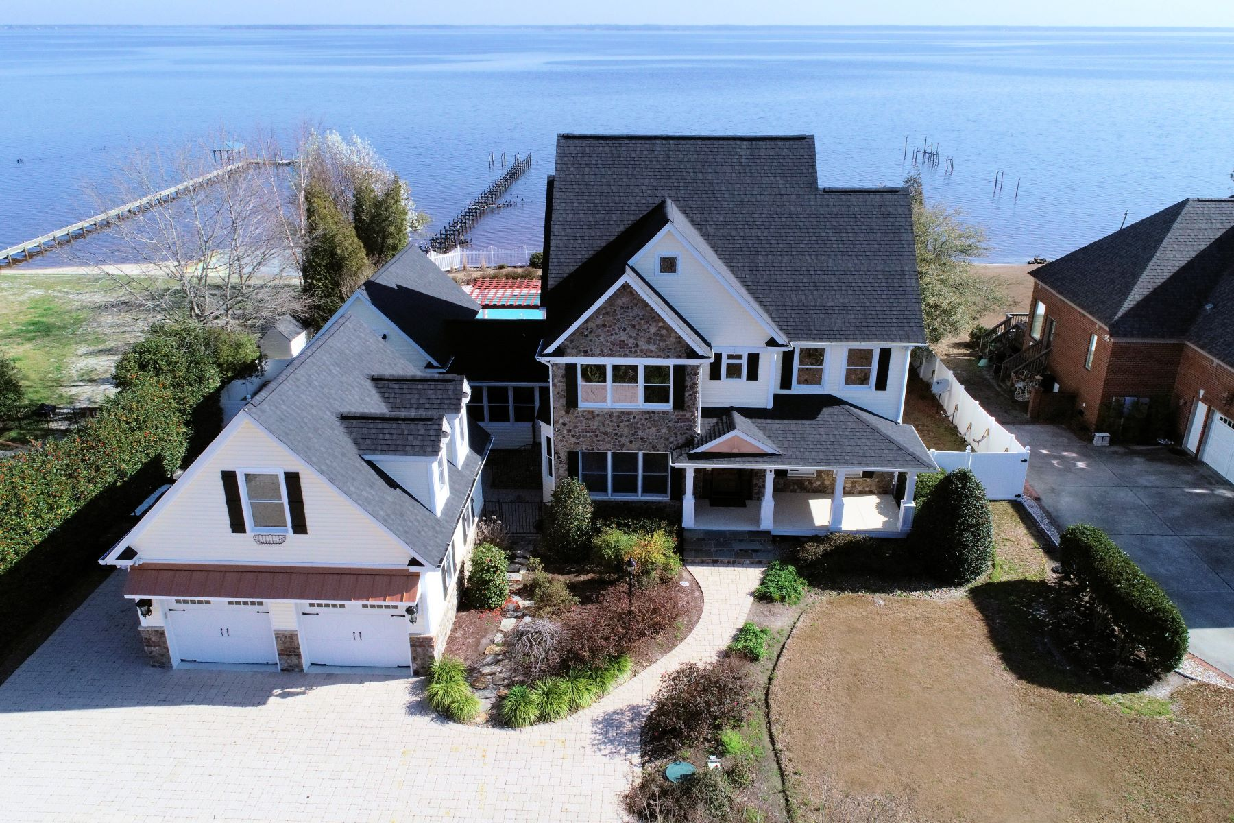 Single Family Homes for Sale at Incredible Waterfront Home, Spectacular Views 224 Drake Landing New Bern, North Carolina 28560 United States