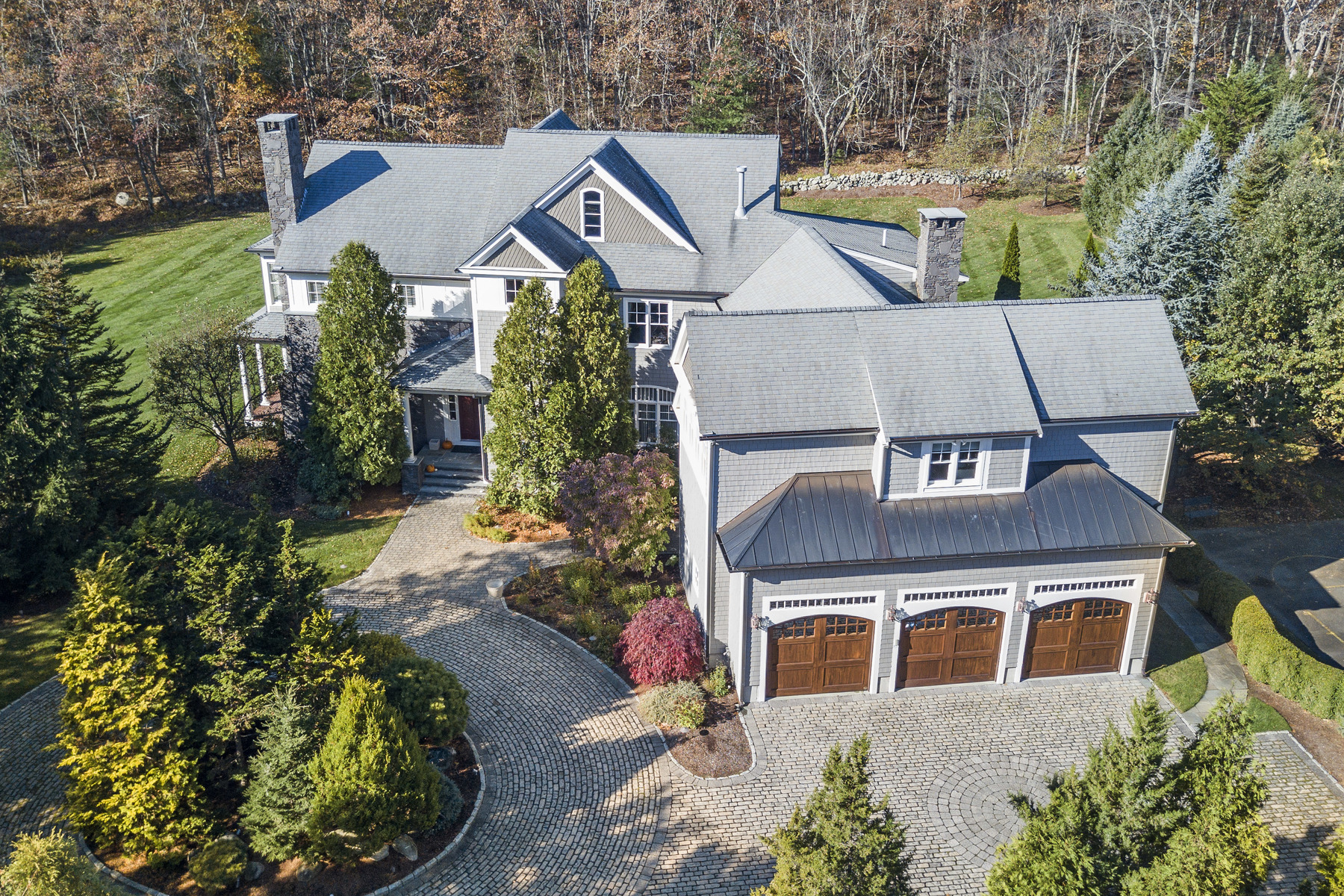 Moradia para Venda às Exceptional 8800 Square Foot Entertainer's Paradise 2 Stonegate Lane, Dover, Massachusetts, 02030 Estados Unidos